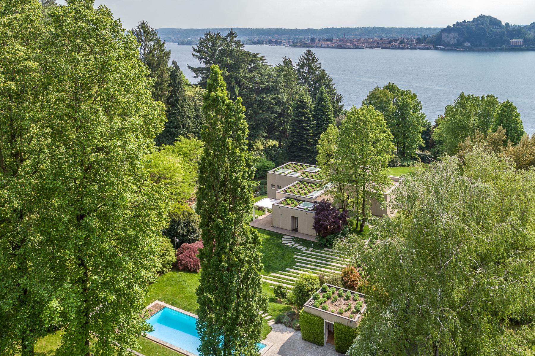 Villa in Vendita a Angera: 5 locali, 460 mq - Foto 3