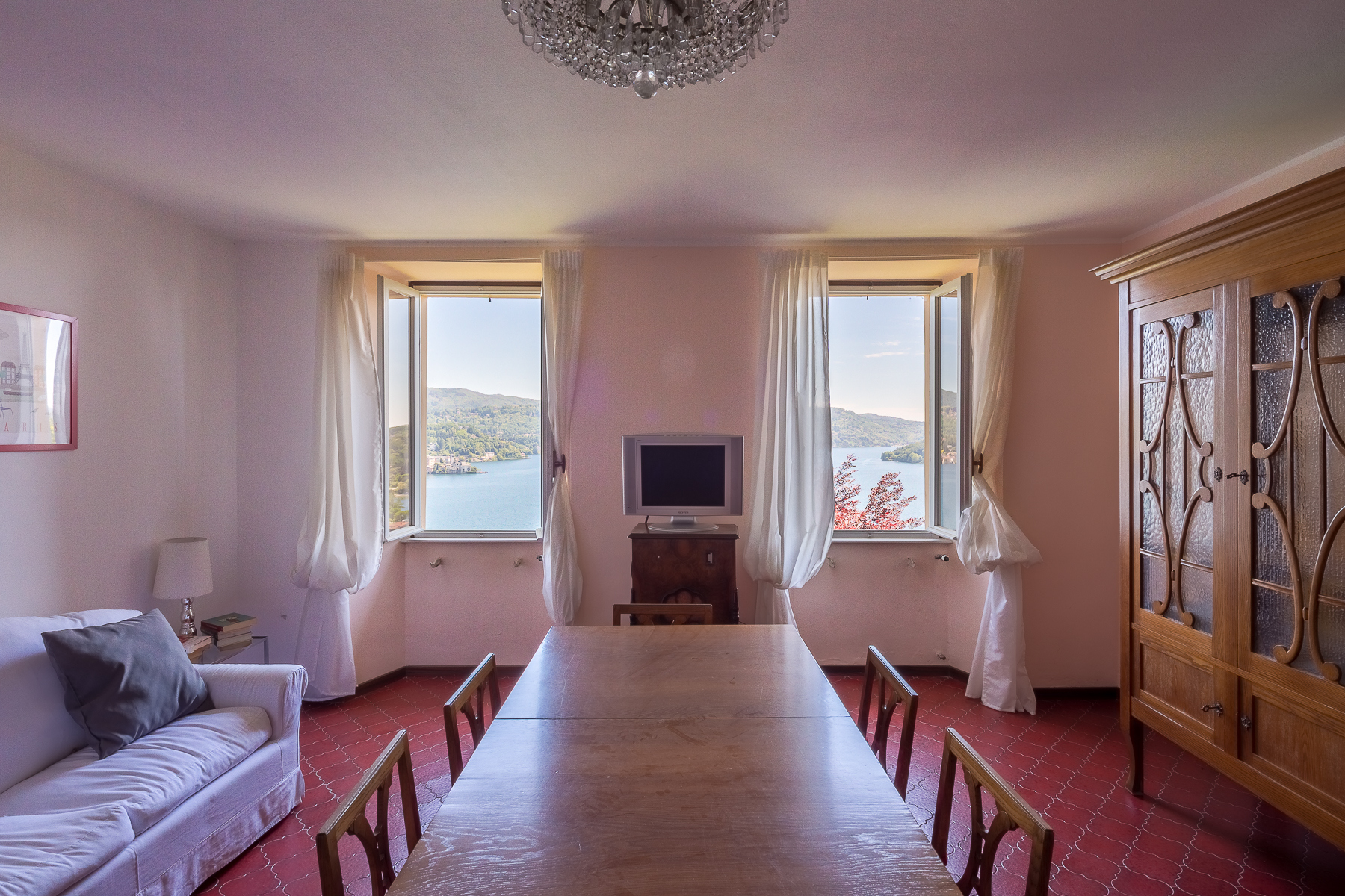 Casa indipendente in Vendita a Pella via pietro durio