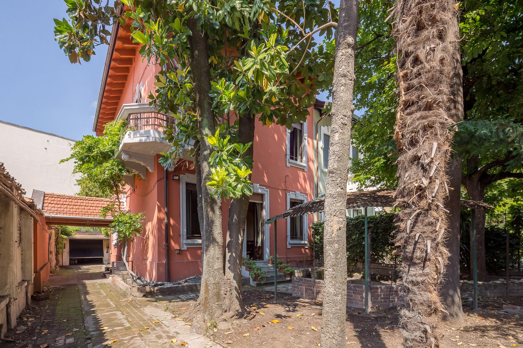 Villa in Vendita a Milano via marcona