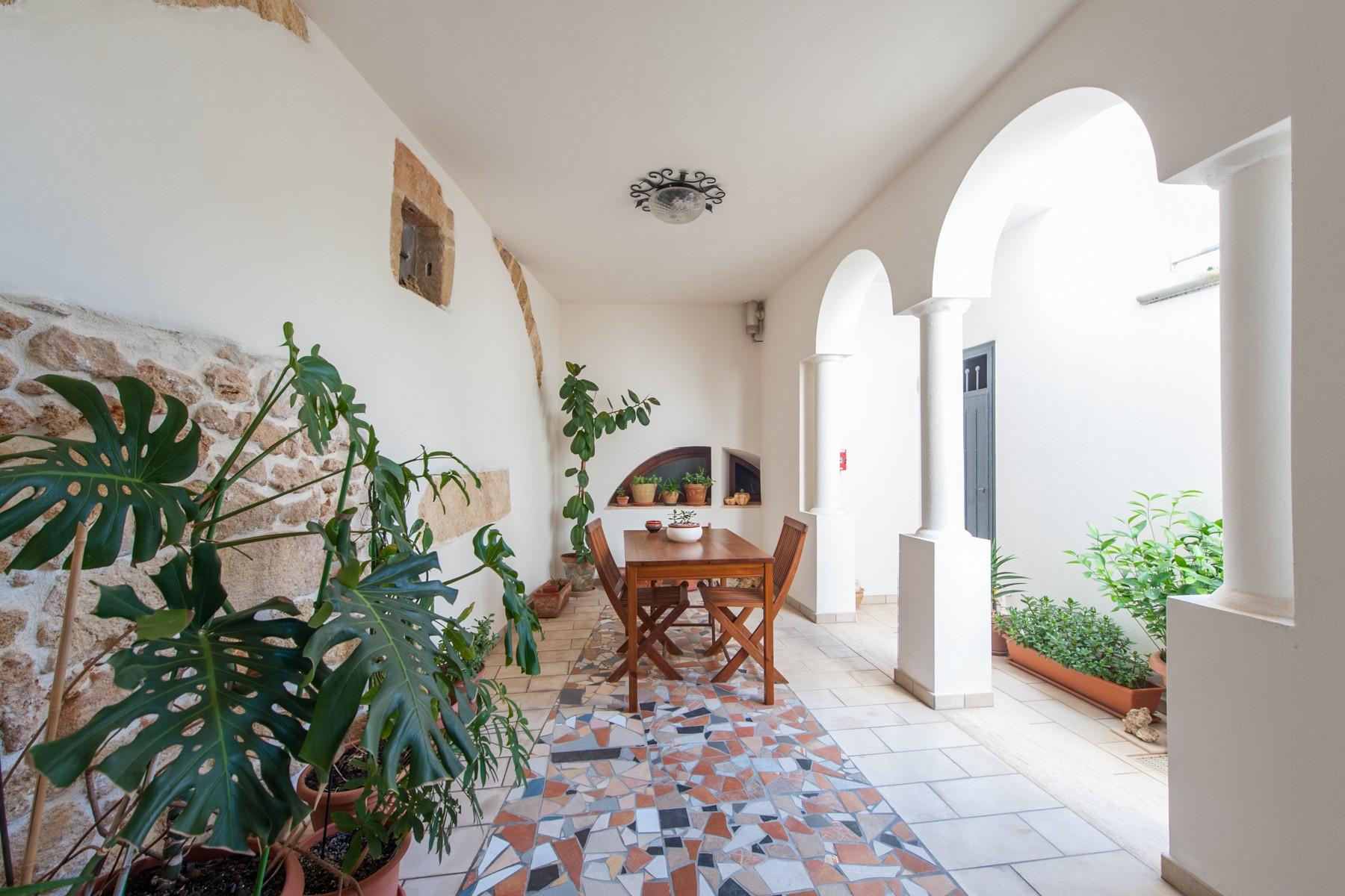 Palazzo in Vendita a Parabita: 5 locali, 450 mq - Foto 13