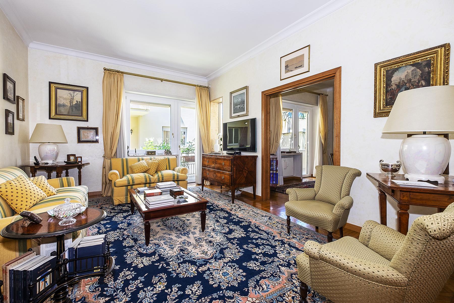 Appartamento in Vendita a Roma 02 Parioli / Pinciano / Flaminio: 4 locali, 122 mq