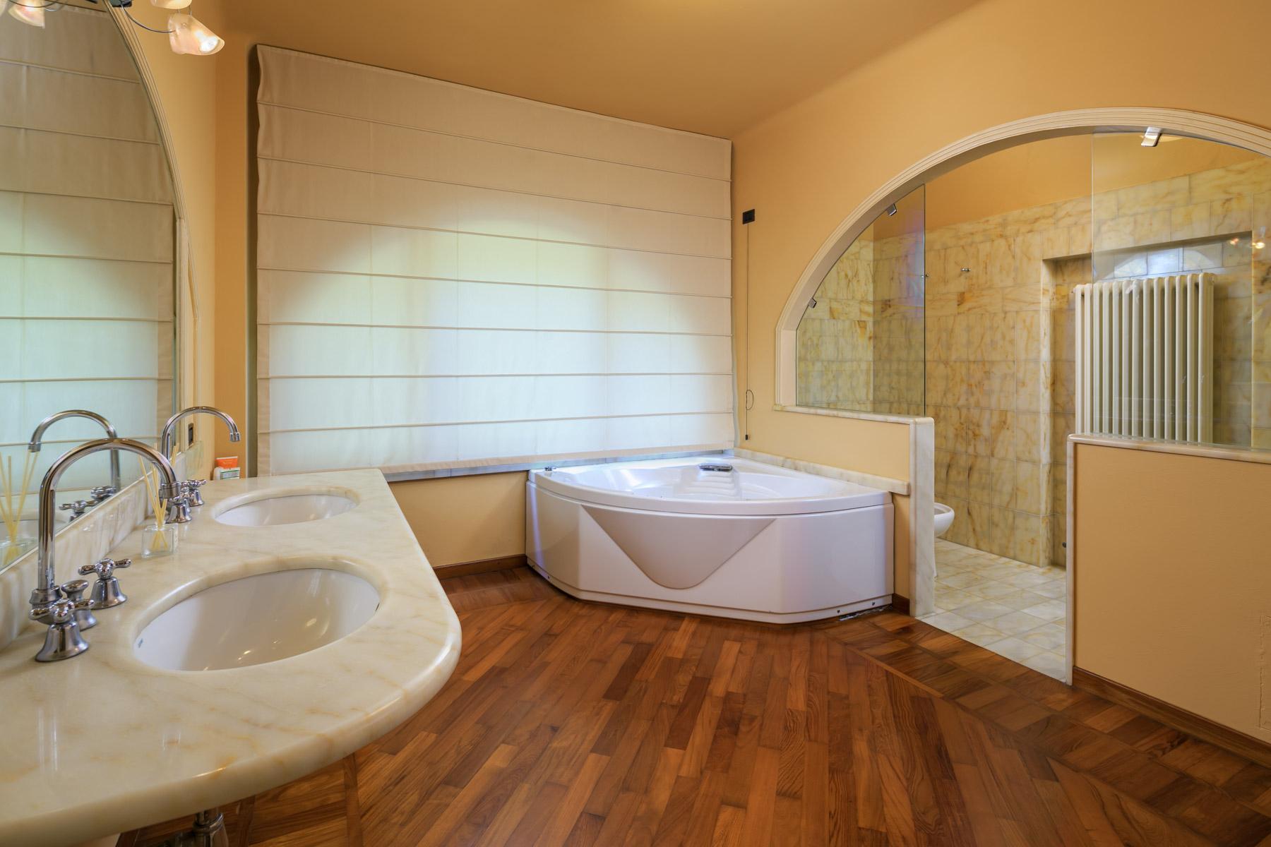 Villa in Vendita a Lucca: 5 locali, 500 mq - Foto 12