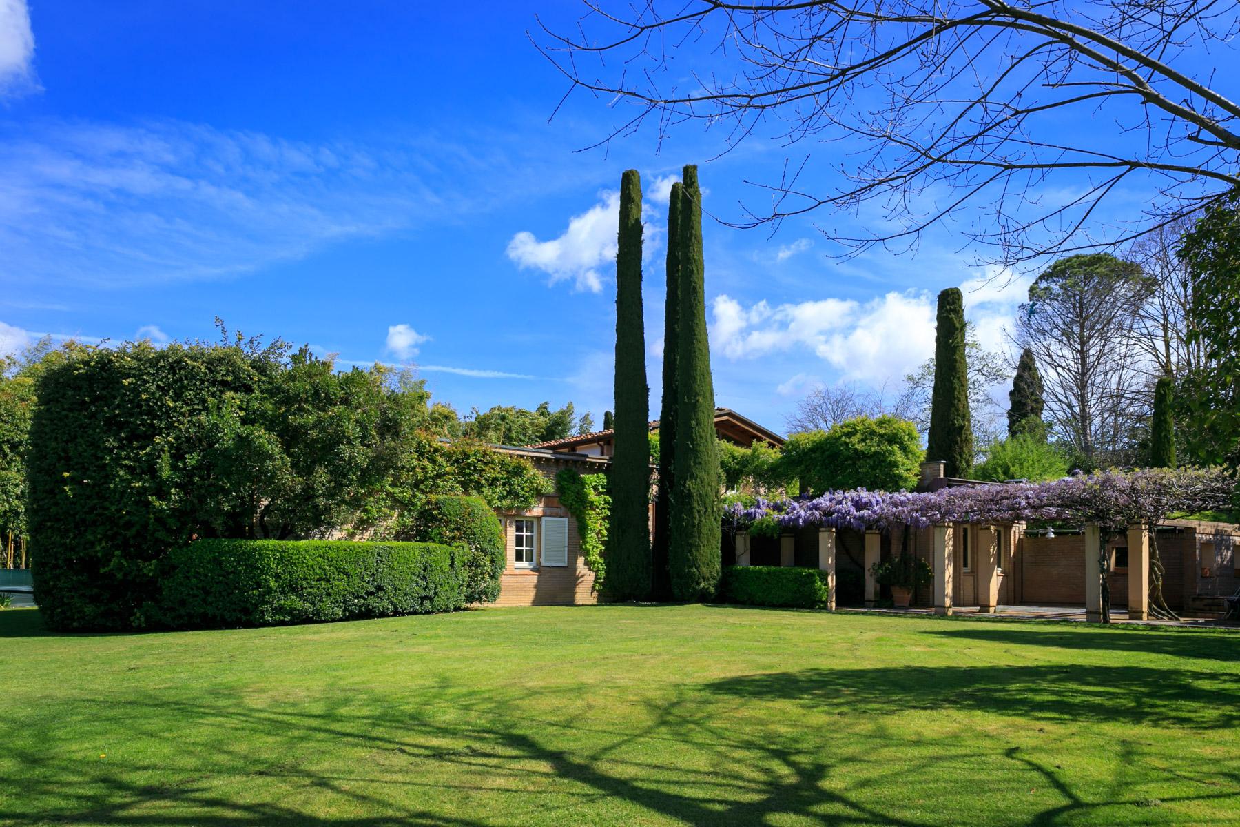 Villa in Vendita a Lucca: 5 locali, 500 mq - Foto 2