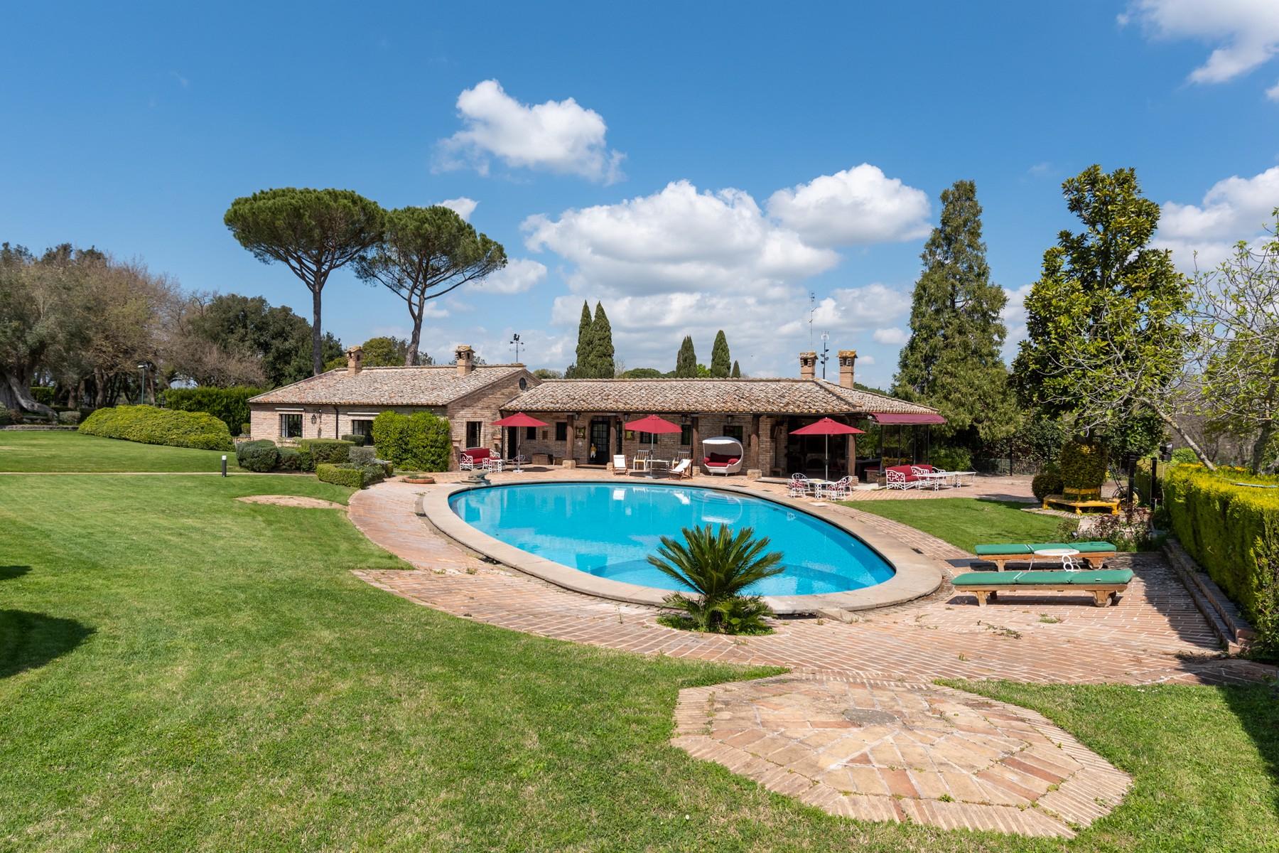 Villa in Vendita a Roma: 5 locali, 1820 mq - Foto 3