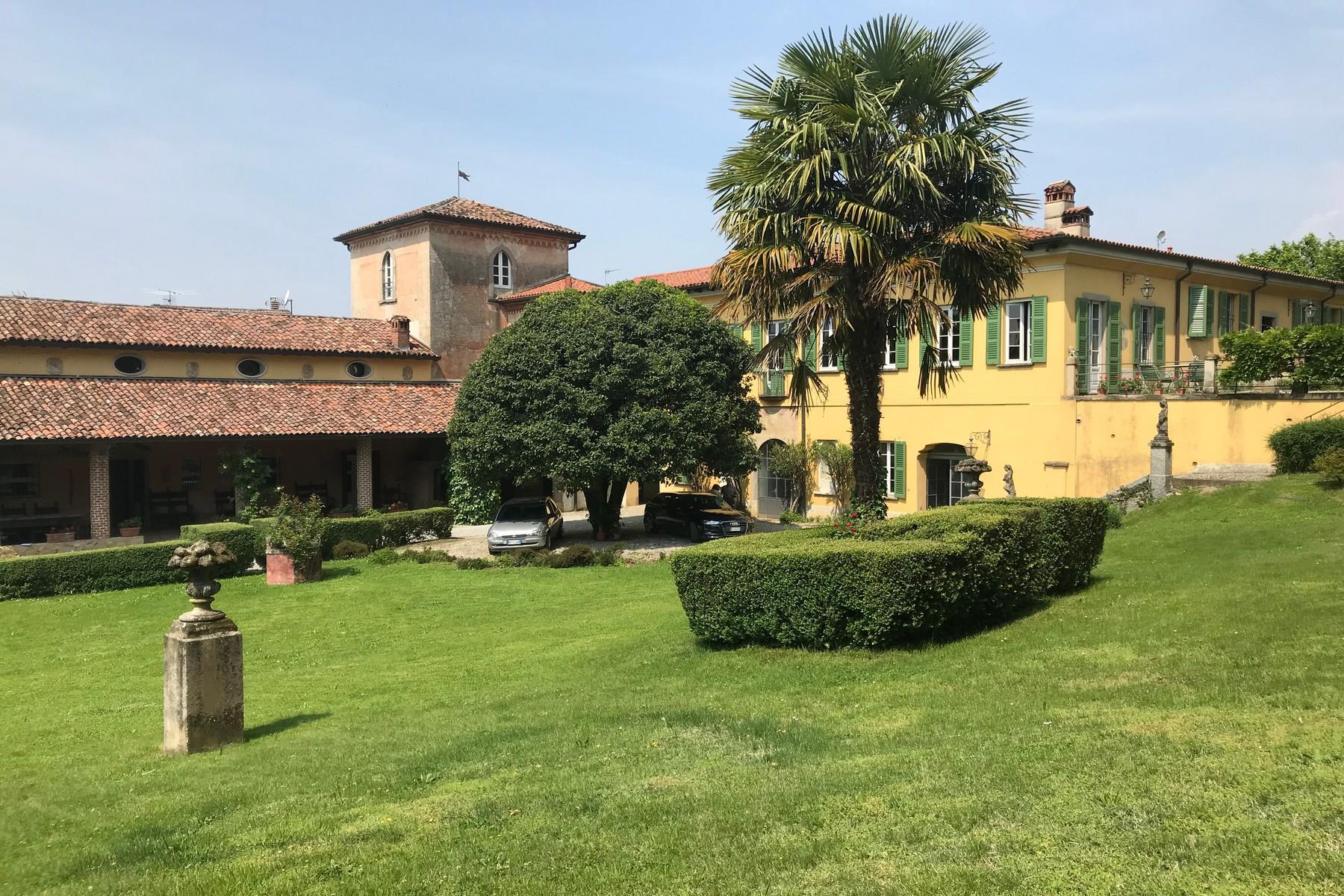 Villa in Vendita a Missaglia: 5 locali, 1500 mq - Foto 4