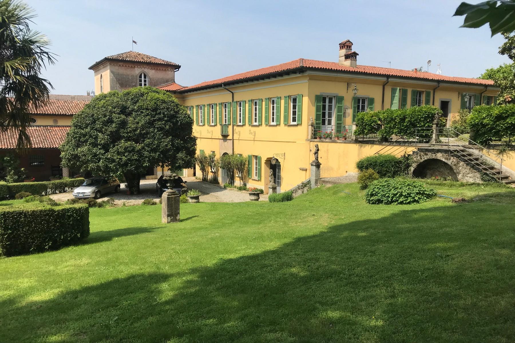 Villa in Vendita a Missaglia: 5 locali, 1500 mq - Foto 3