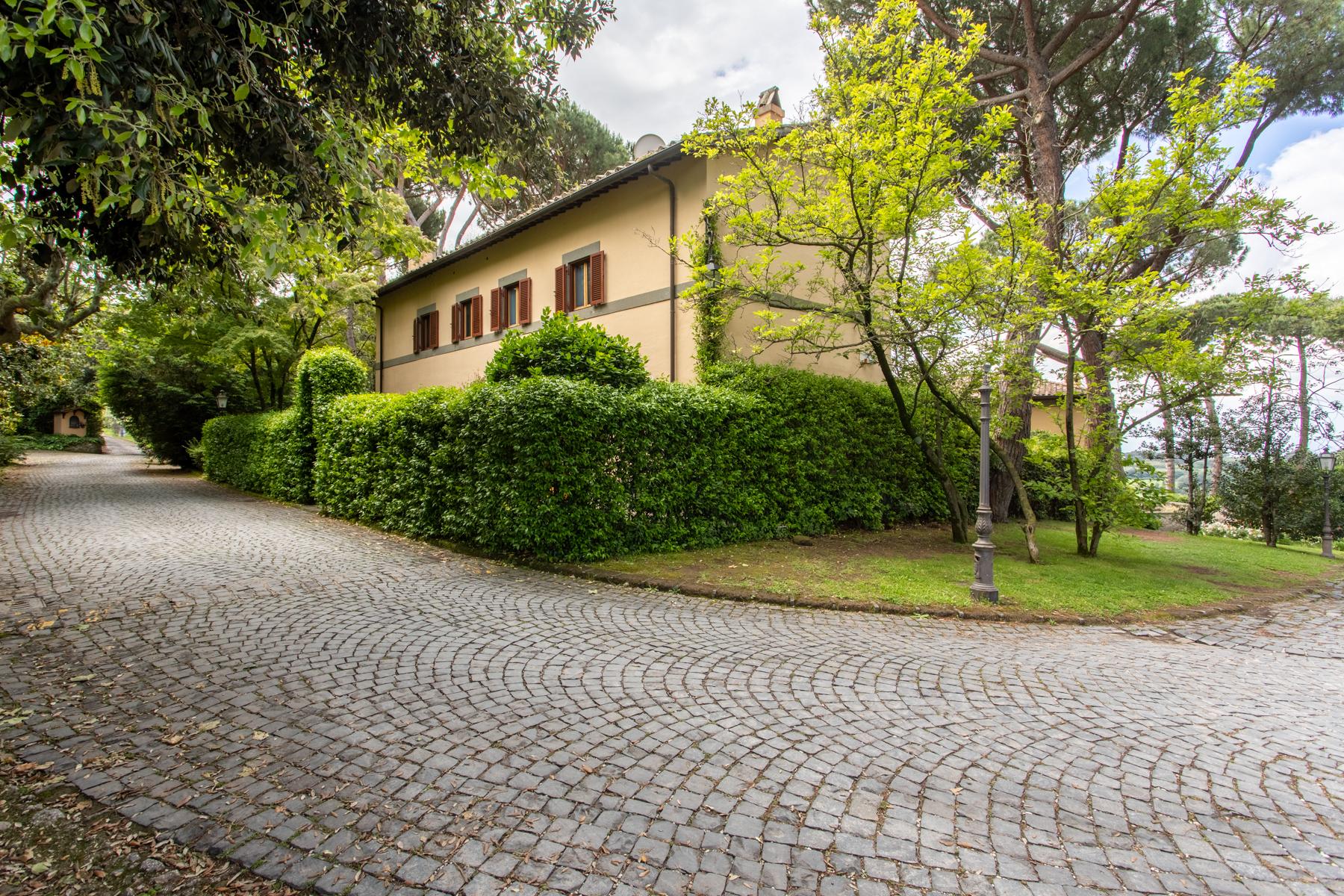 Villa in Vendita a Castel Gandolfo: 5 locali, 400 mq - Foto 12