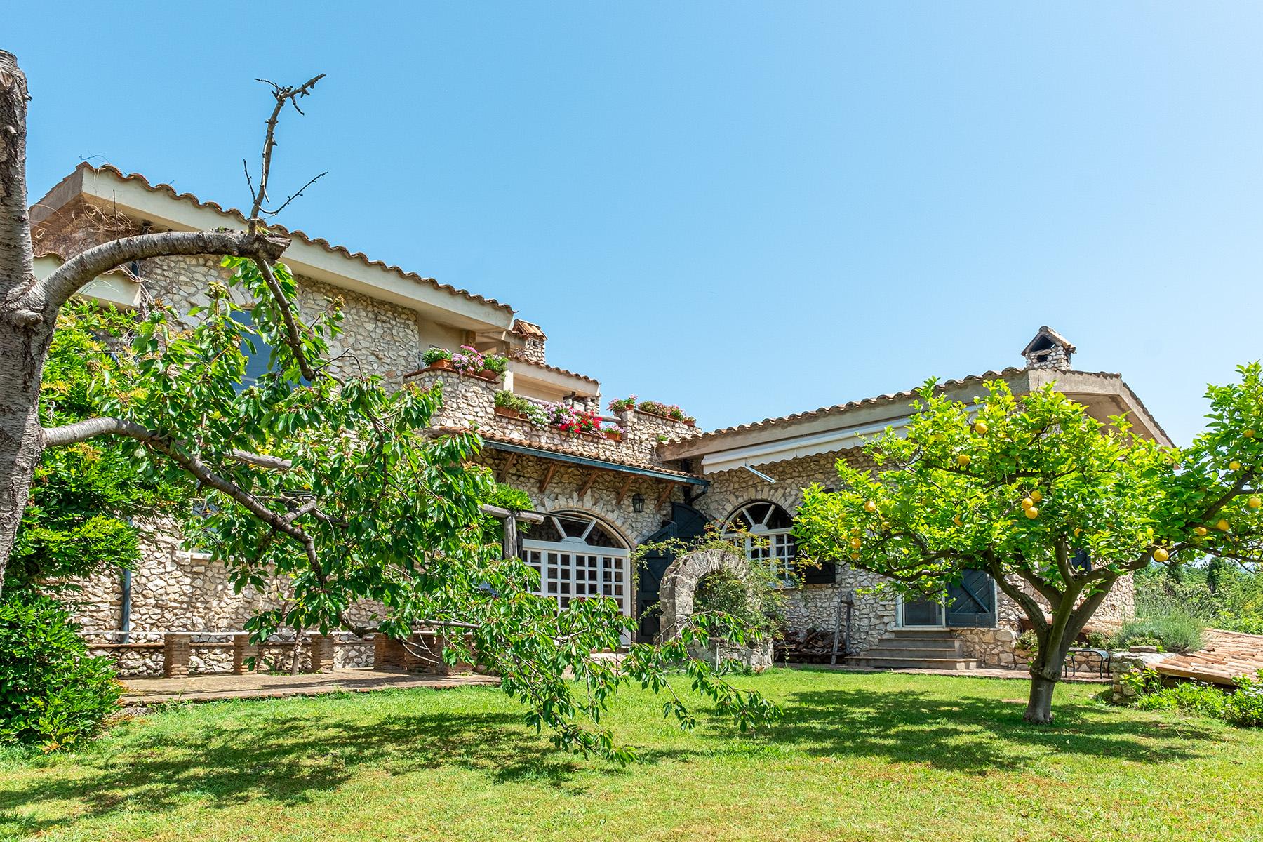 Villa in Vendita a Sessa Aurunca:  5 locali, 1400 mq  - Foto 1