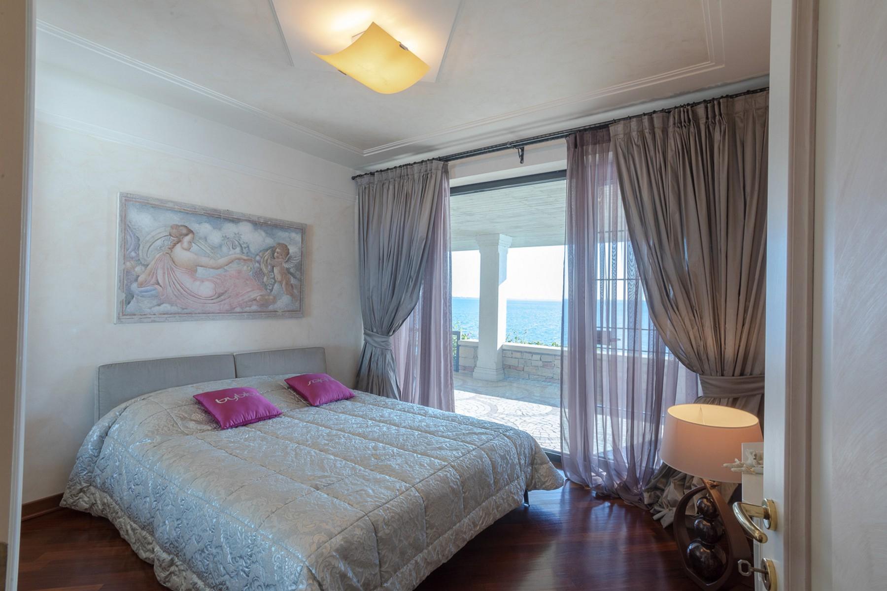 Villa in Vendita a Padenghe Sul Garda: 5 locali, 700 mq - Foto 5