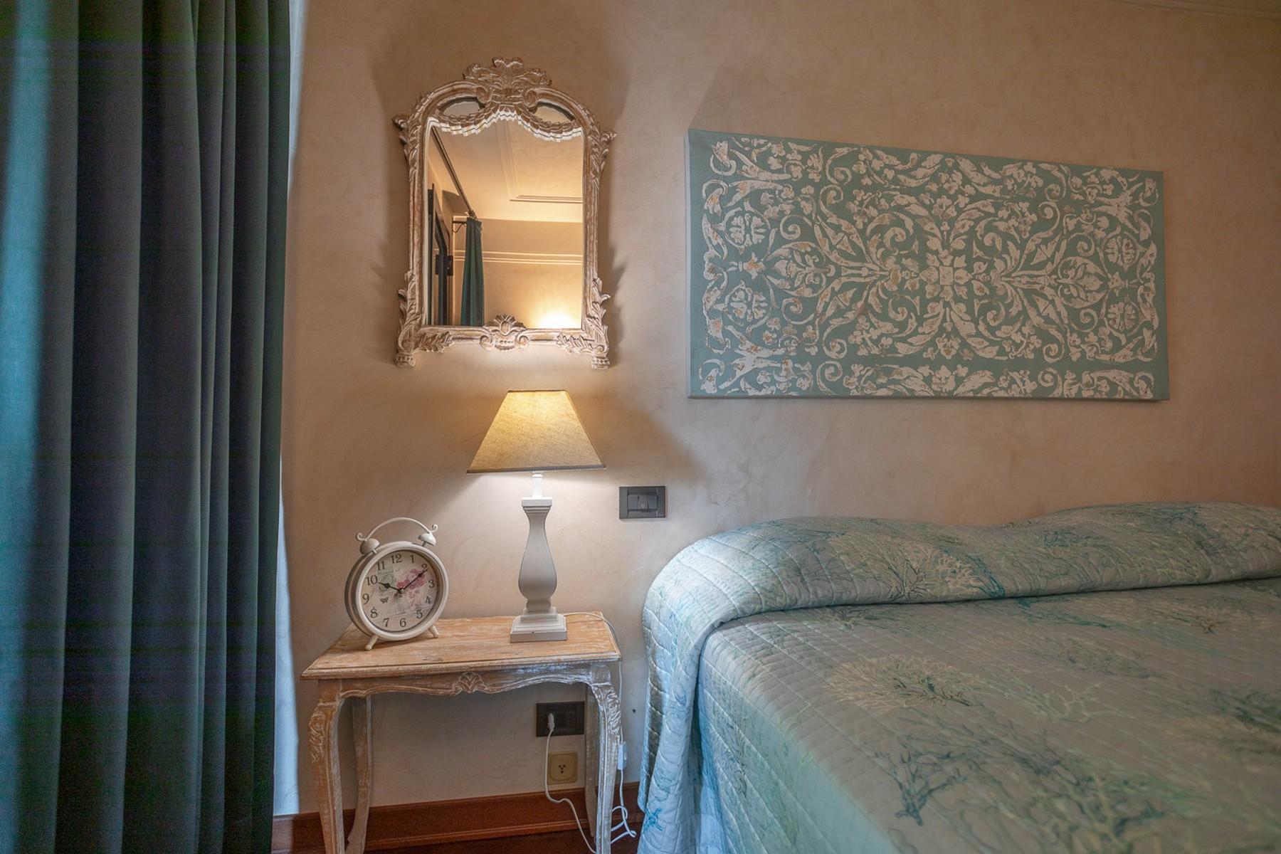 Villa in Vendita a Padenghe Sul Garda: 5 locali, 700 mq - Foto 4