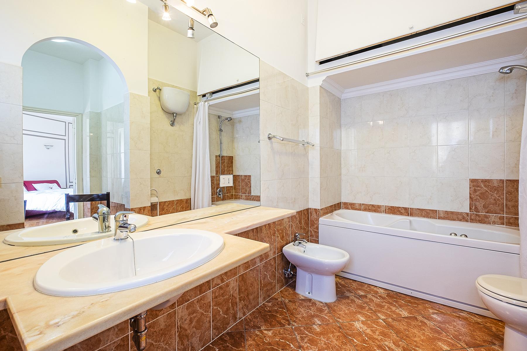 Appartamento in Vendita a Roma: 5 locali, 210 mq - Foto 10