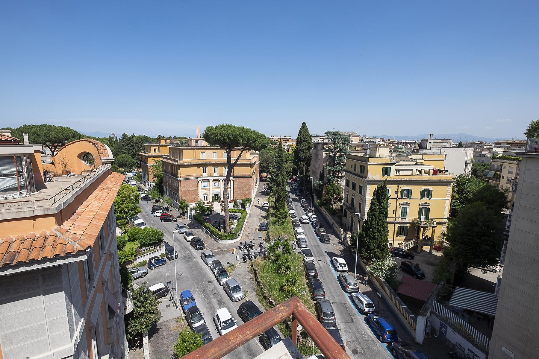 Appartamento in Vendita a Roma 04 Nomentano / Bologna: 5 locali, 210 mq