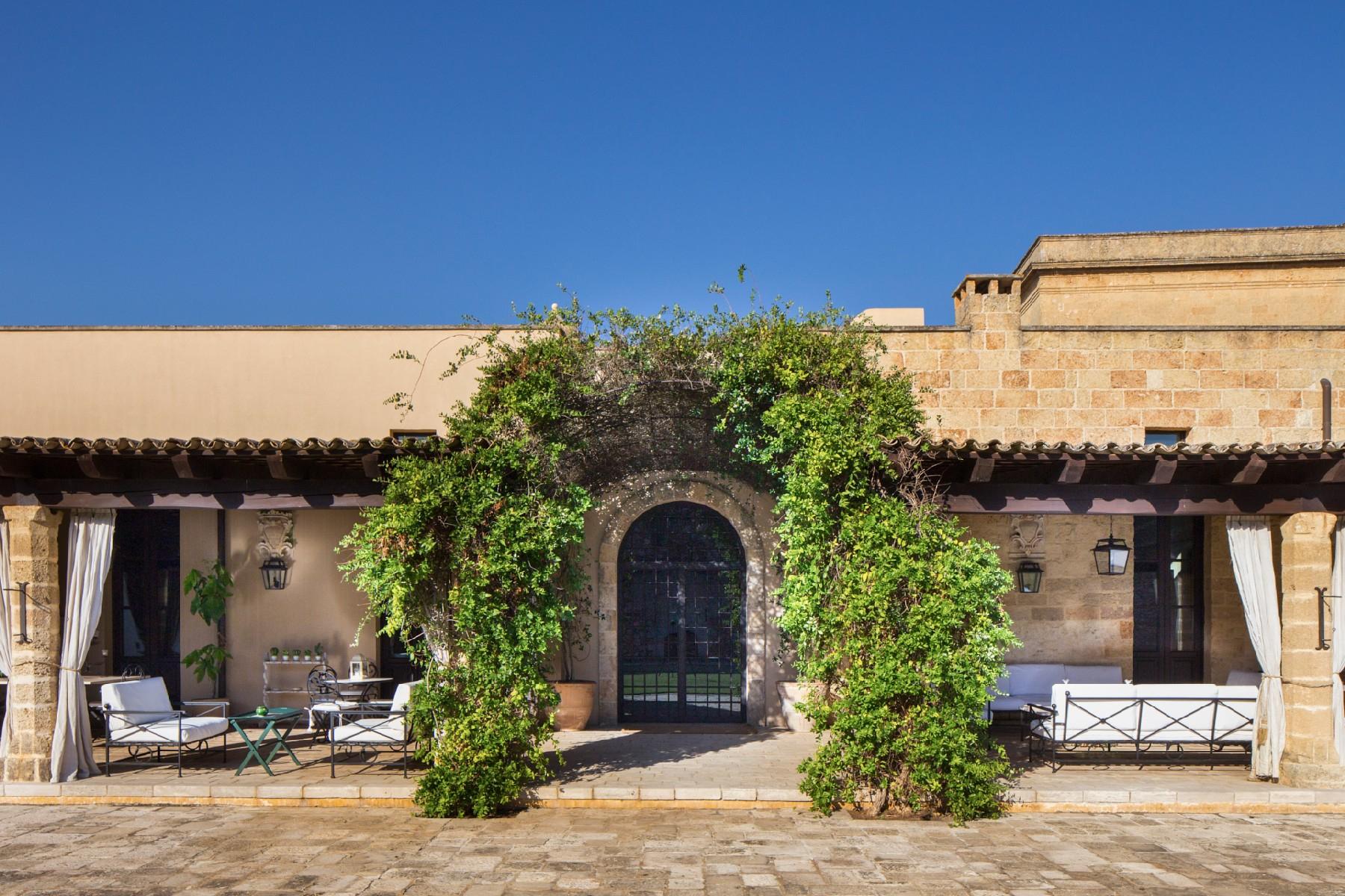 Villa in Vendita a Tricase: 5 locali, 1700 mq - Foto 5