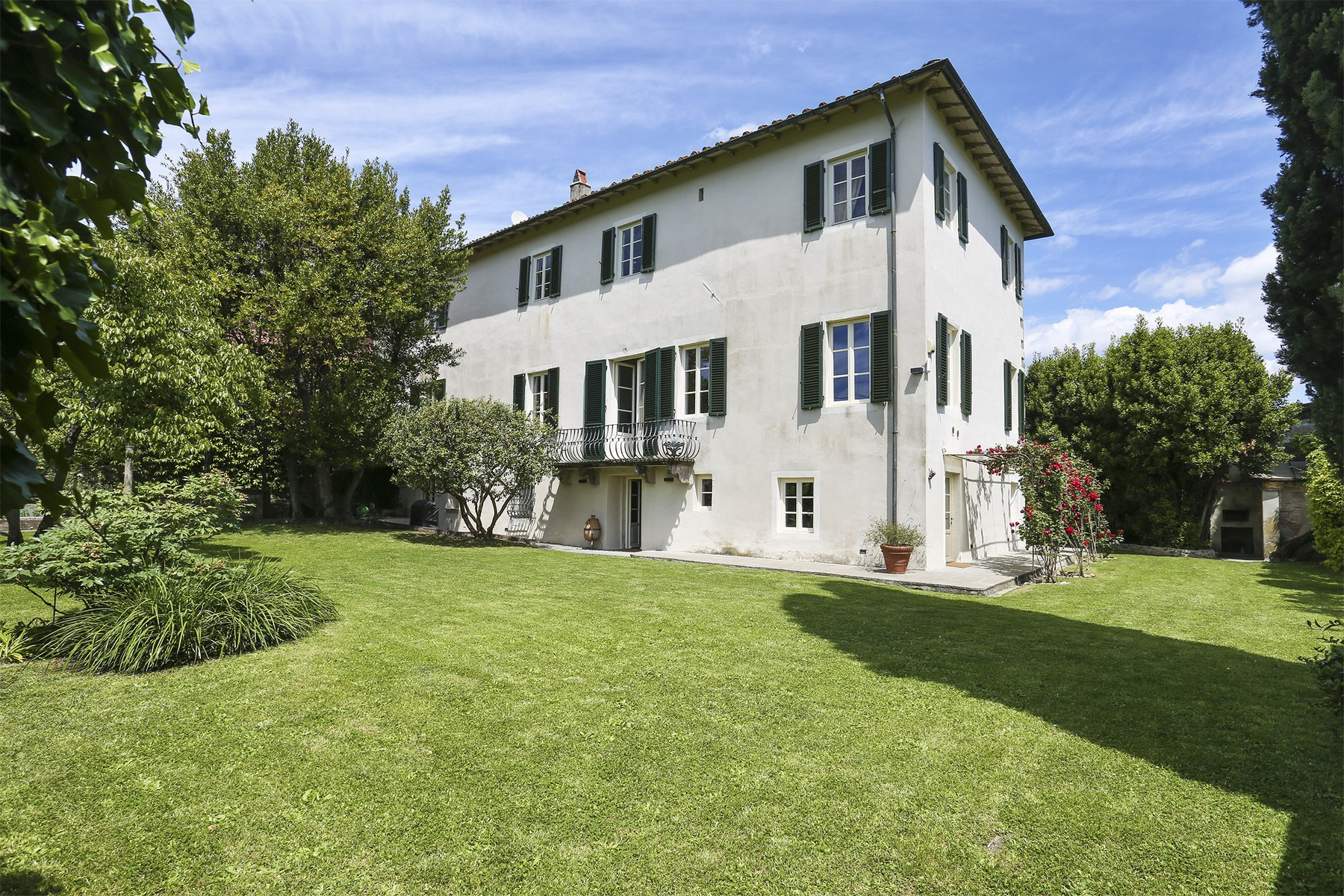 Villa in Vendita a Lucca: 5 locali, 735 mq - Foto 4