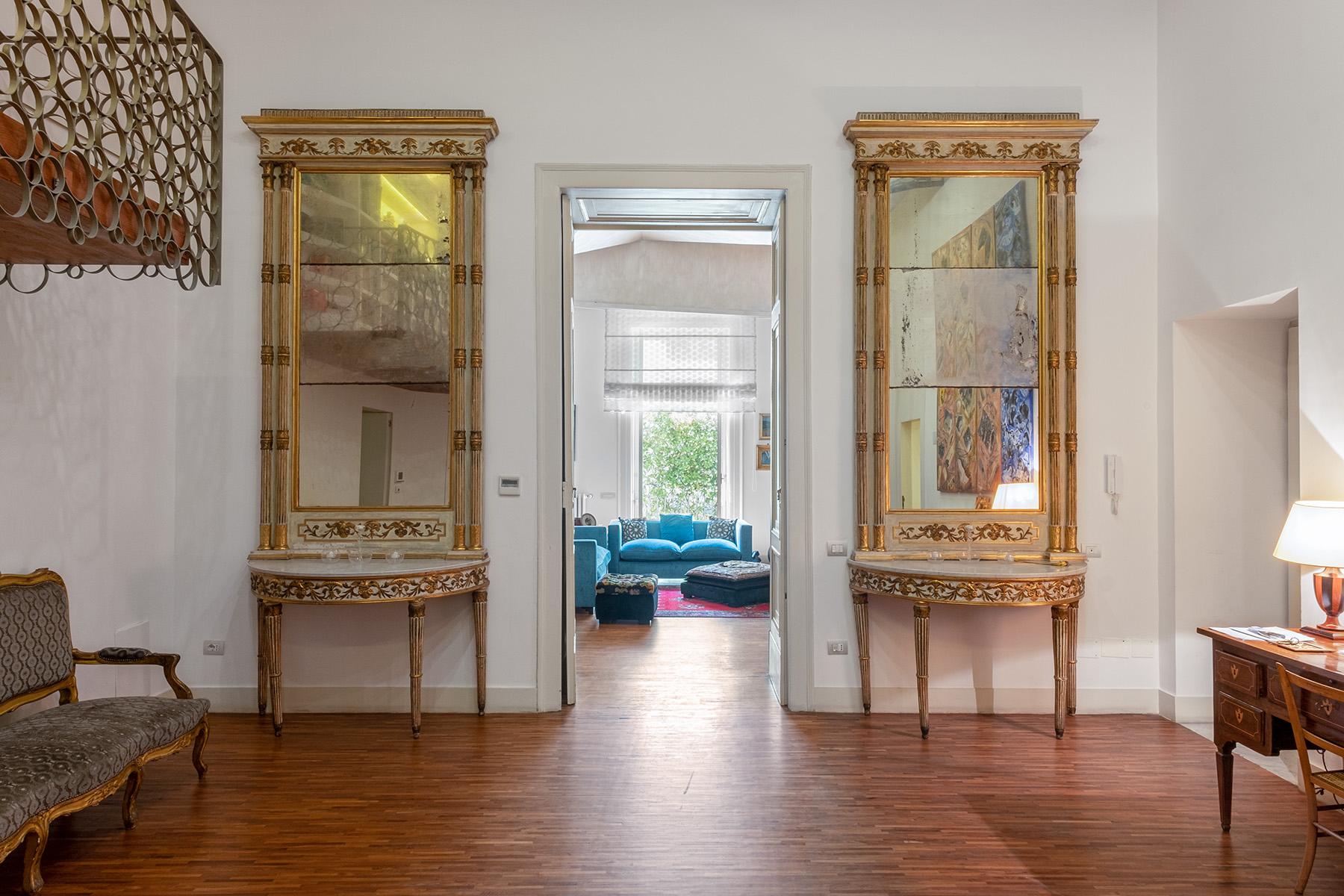 Appartamento in Vendita a Napoli: 5 locali, 400 mq - Foto 5