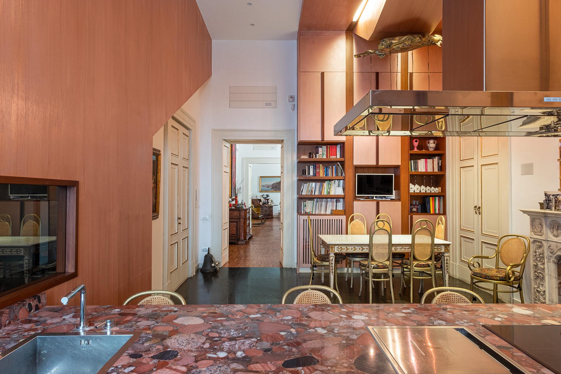 Appartamento in Vendita a Napoli: 5 locali, 400 mq - Foto 11