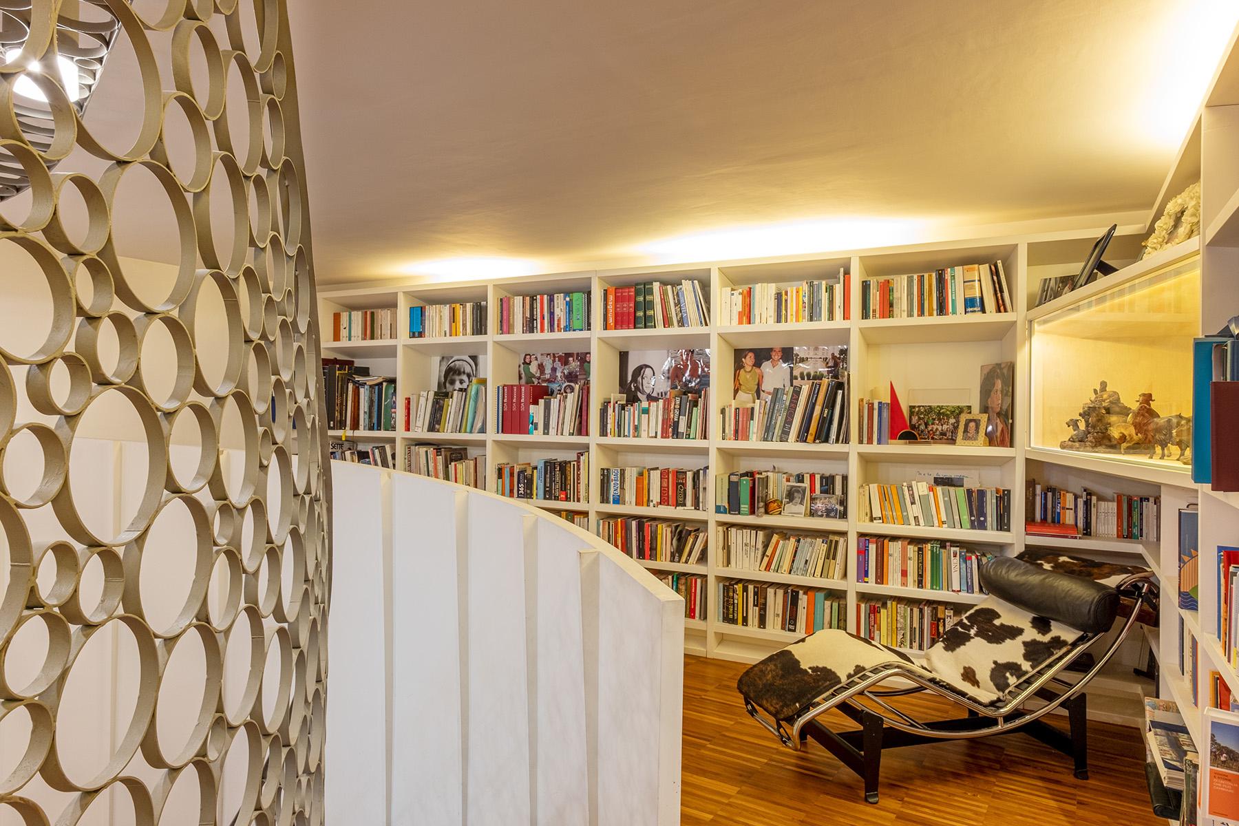 Appartamento in Vendita a Napoli: 5 locali, 400 mq - Foto 3