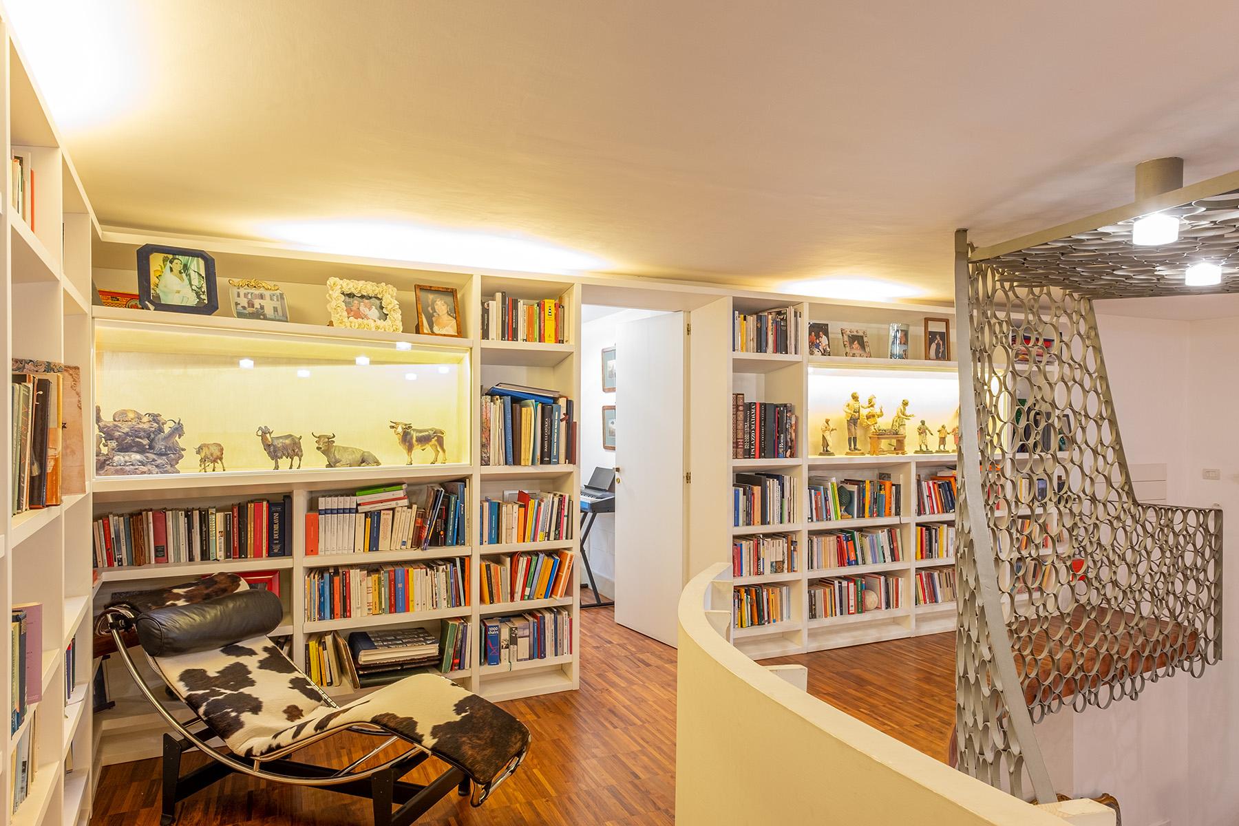 Appartamento in Vendita a Napoli: 5 locali, 400 mq - Foto 4