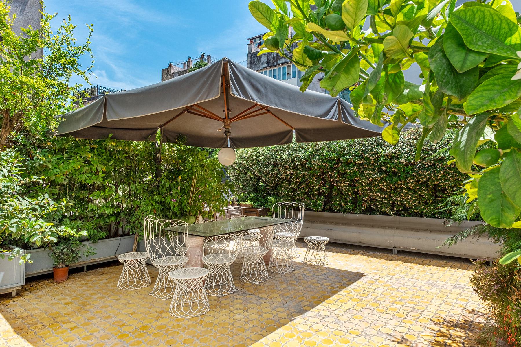 Appartamento in Vendita a Napoli: 5 locali, 400 mq - Foto 14