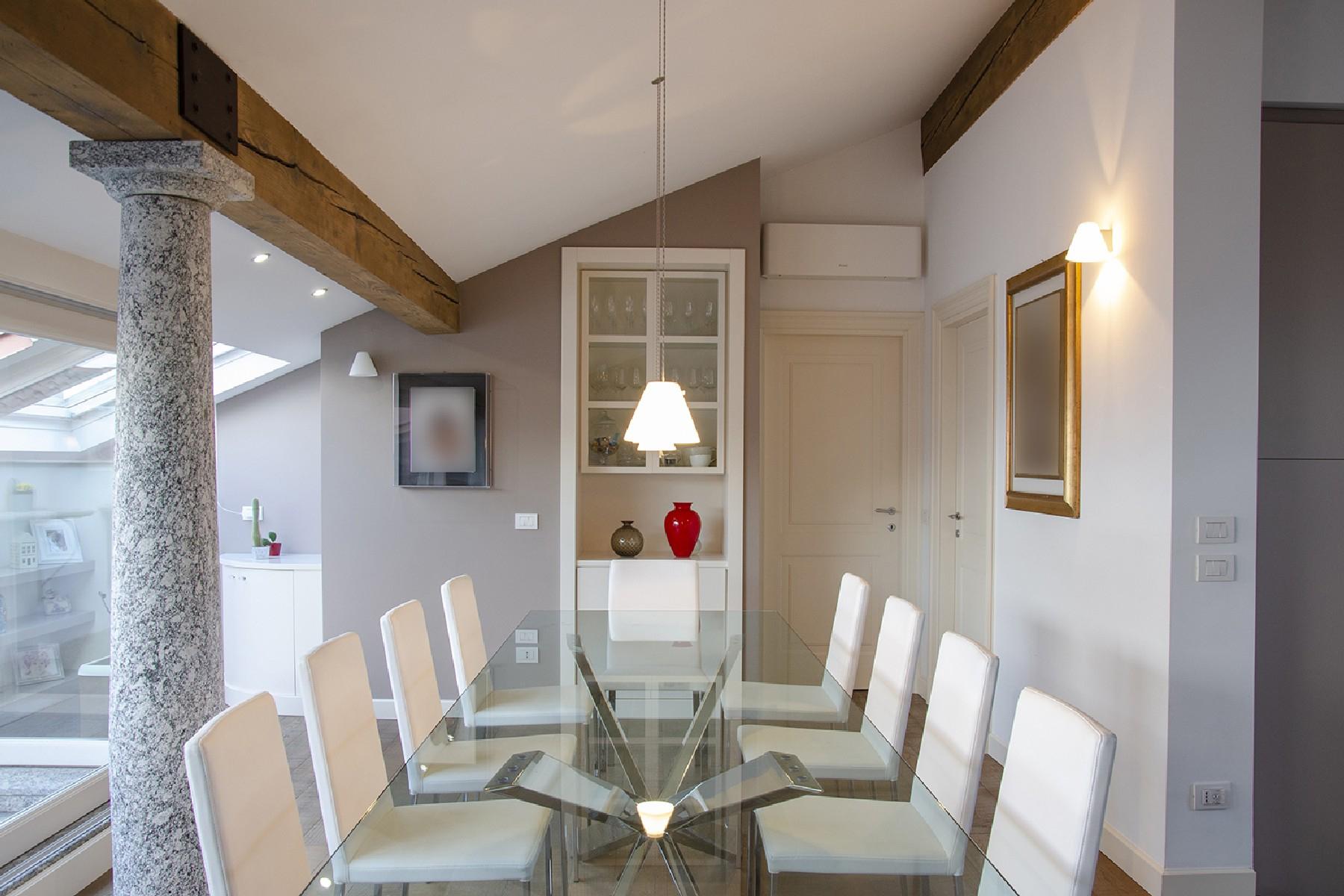 Appartamento in Vendita a Merate: 4 locali, 225 mq - Foto 2