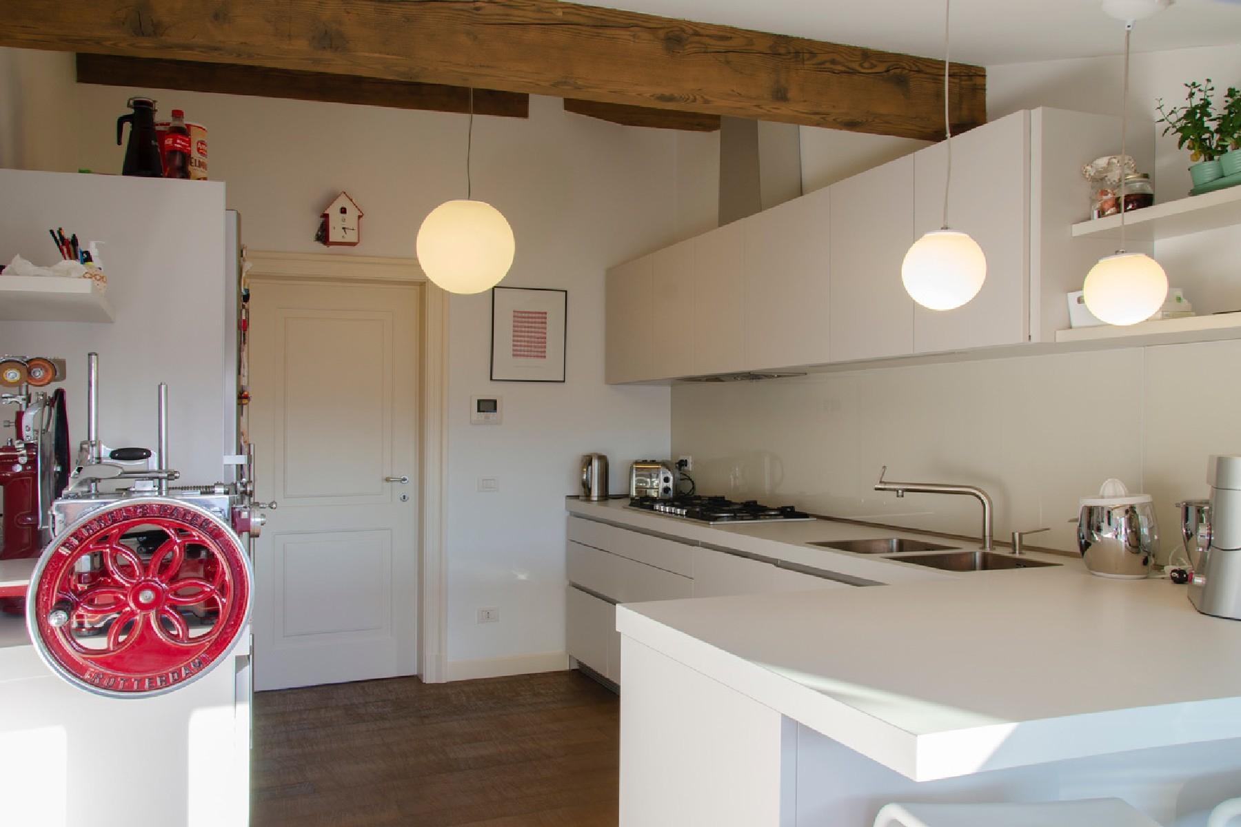 Appartamento in Vendita a Merate: 4 locali, 225 mq - Foto 18