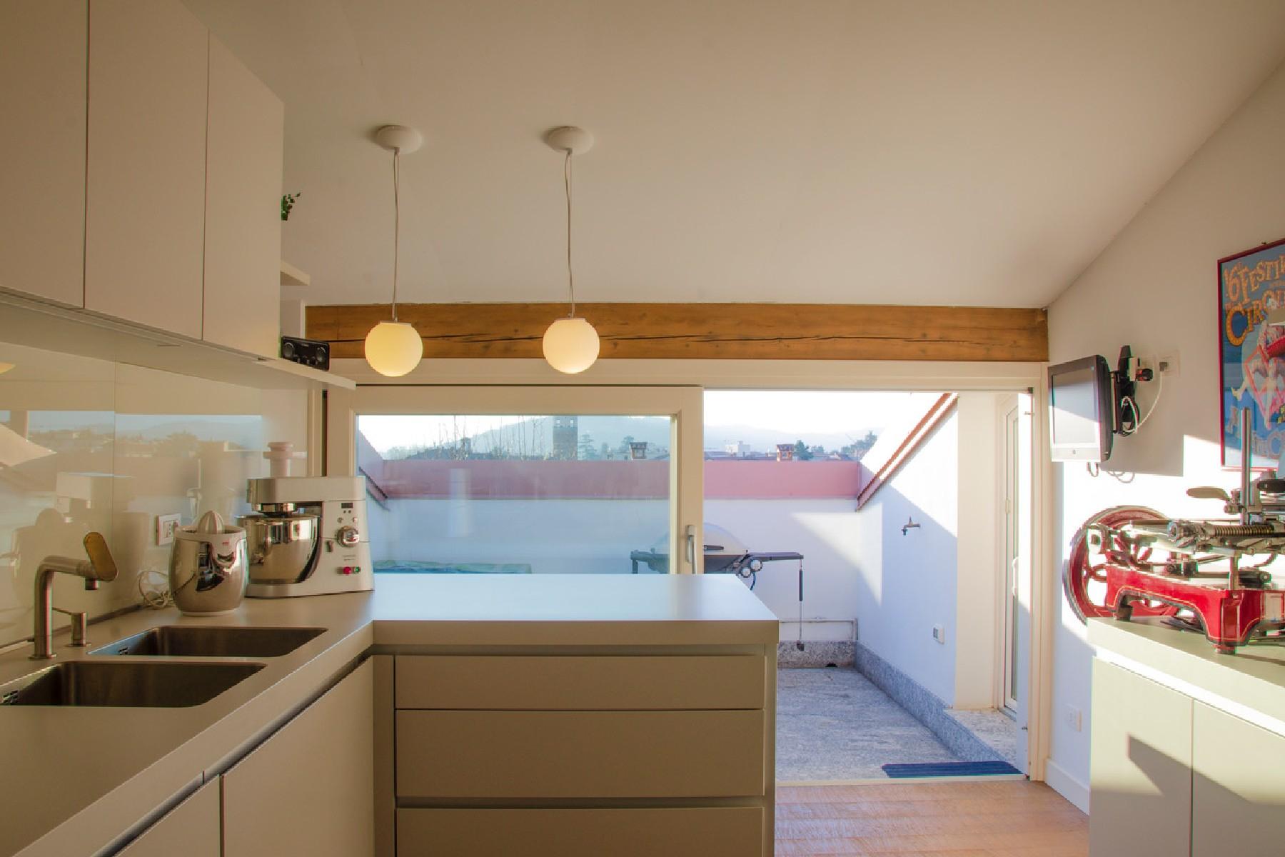 Appartamento in Vendita a Merate: 4 locali, 225 mq - Foto 7