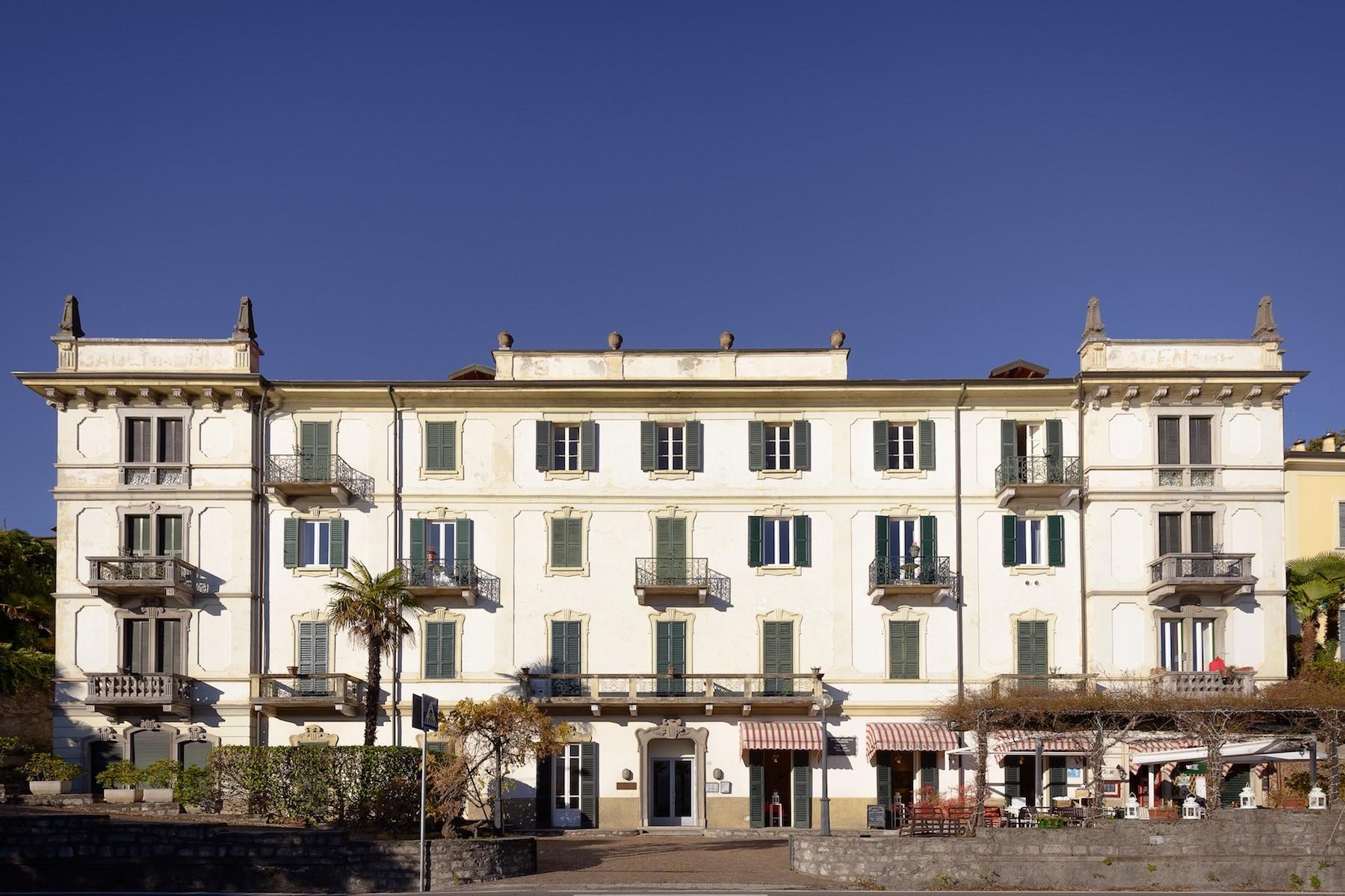 Appartamento in Vendita a Griante: 5 locali, 200 mq