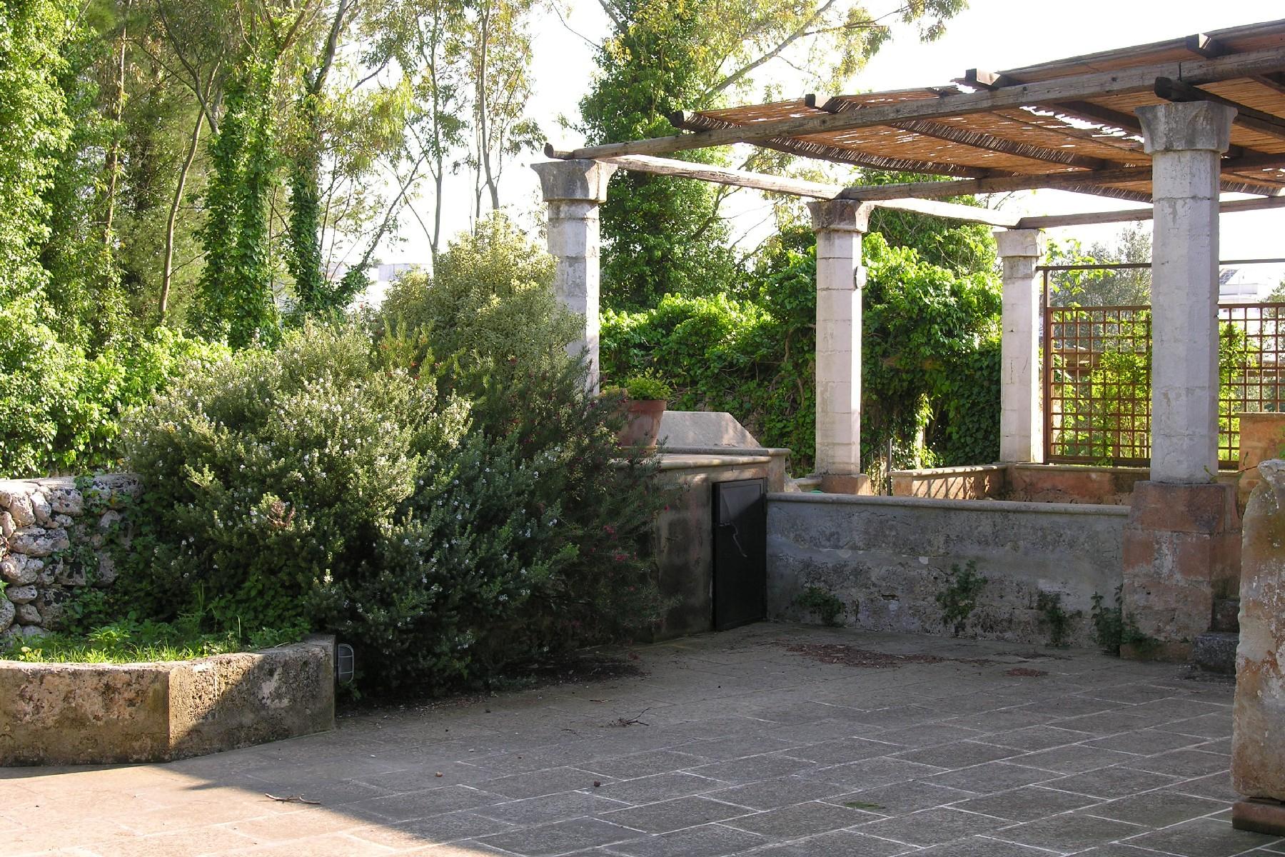 Casa indipendente in Vendita a Tricase: 5 locali, 600 mq - Foto 3