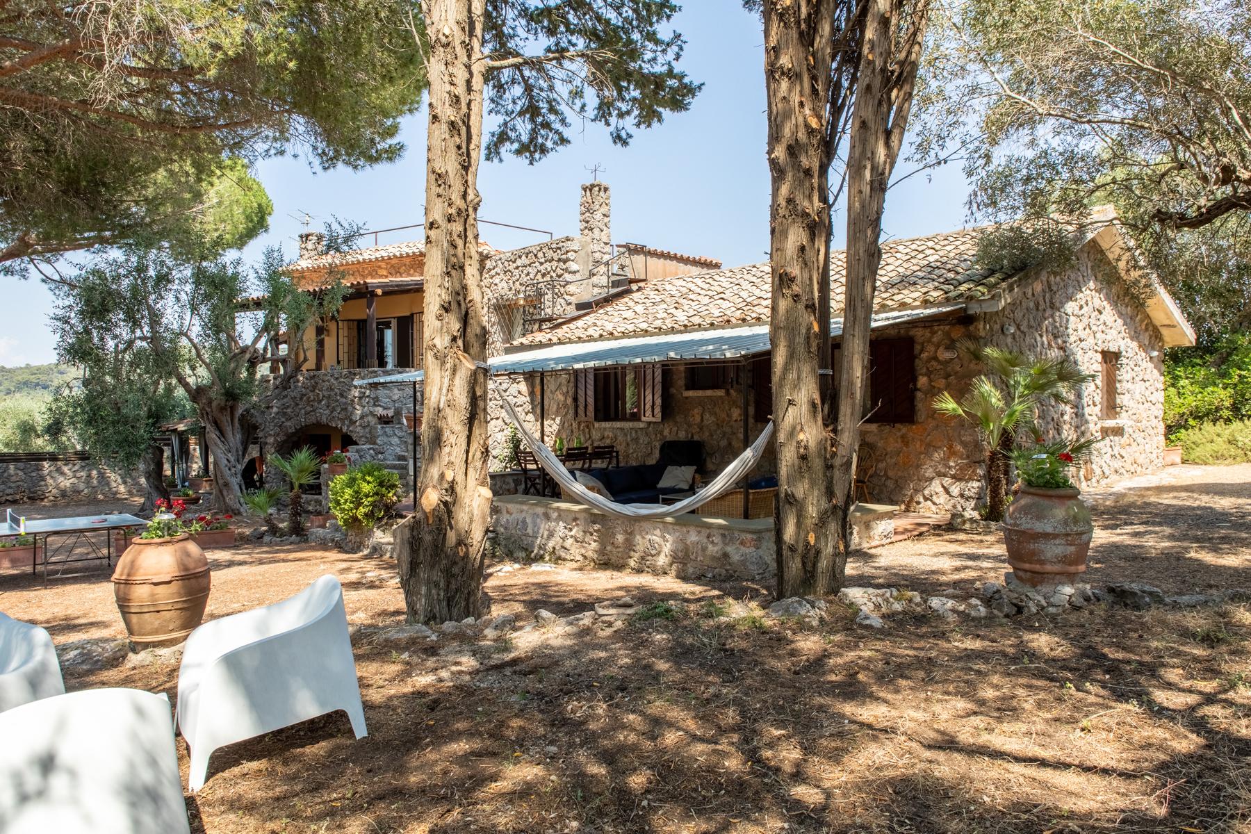 Villa in Vendita a Orbetello: 5 locali, 240 mq - Foto 2