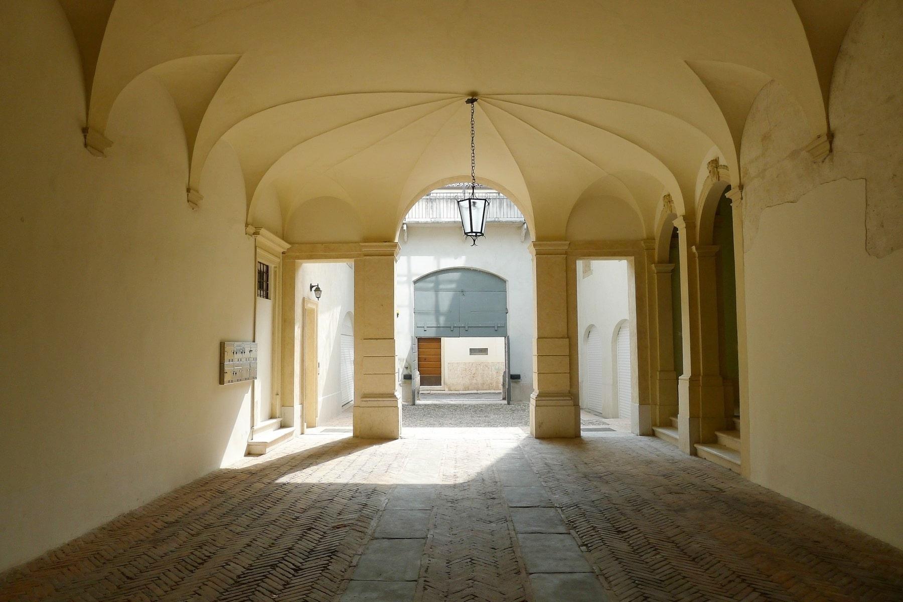 Ufficio-studio in Vendita a Verona: 5 locali, 615 mq - Foto 18