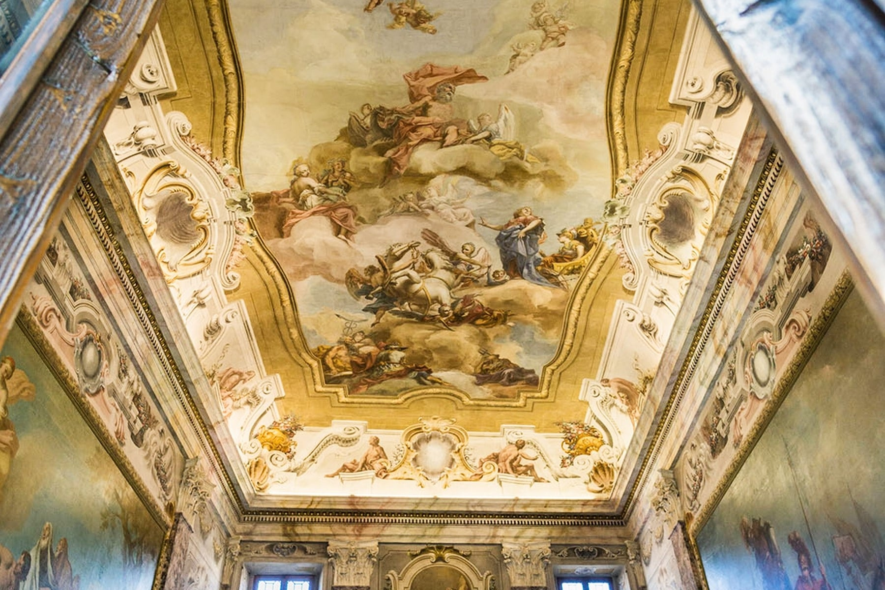 Ufficio-studio in Vendita a Verona: 5 locali, 615 mq