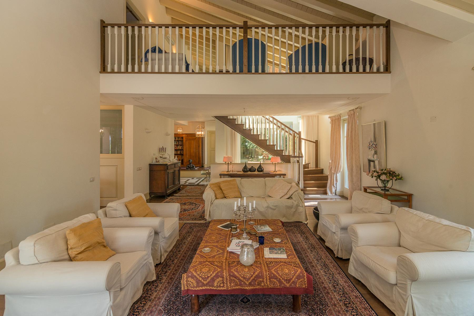 Villa in Vendita a Besozzo: 5 locali, 426 mq - Foto 6