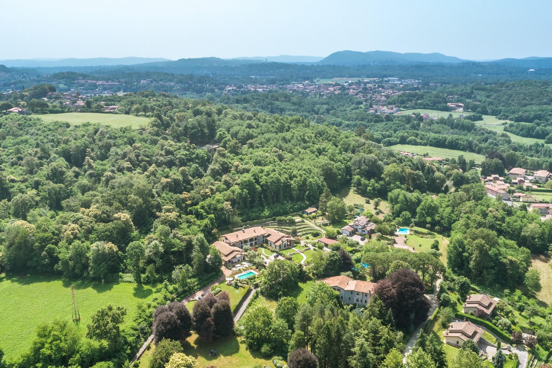 Villa in Vendita a Besozzo: 5 locali, 426 mq - Foto 28