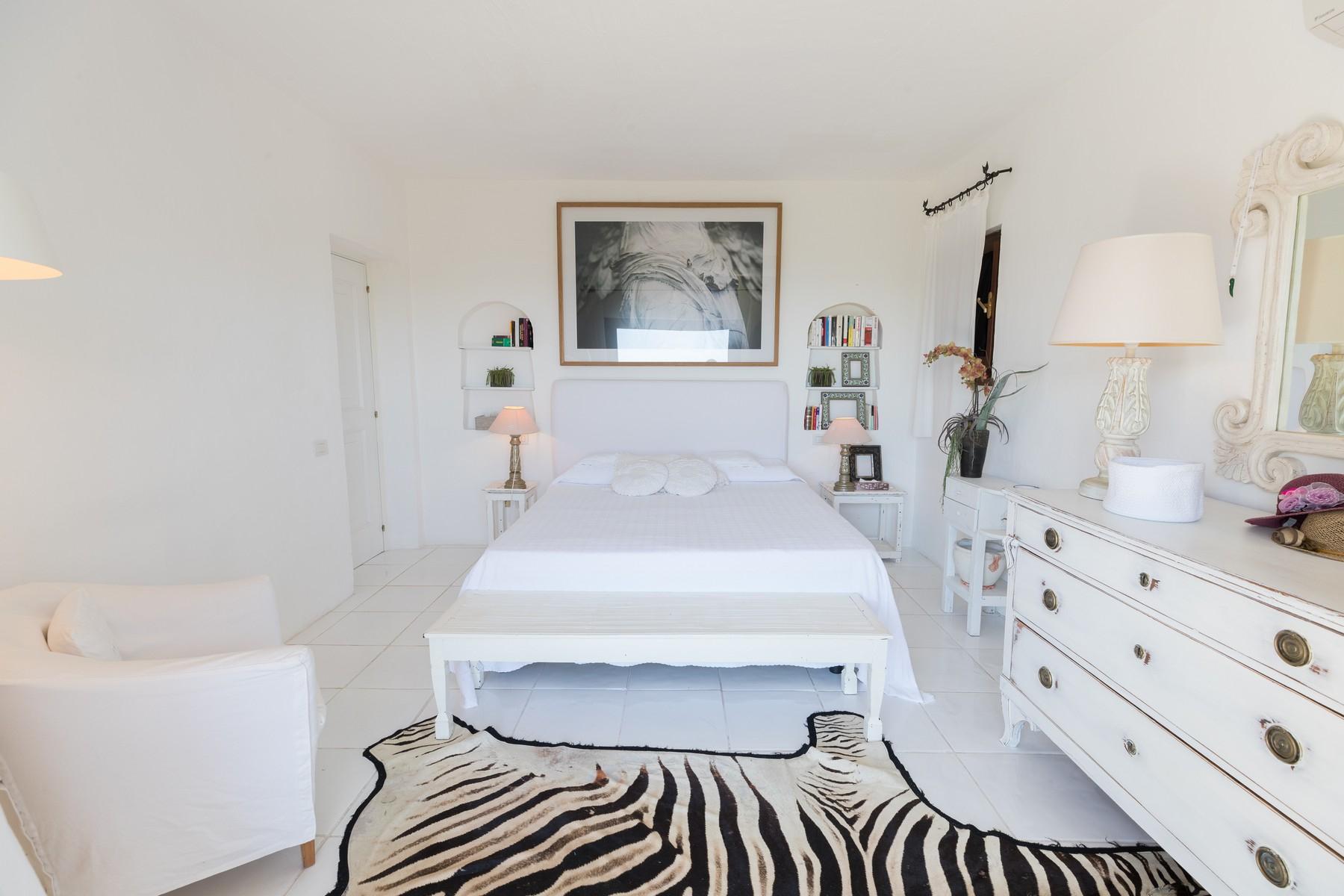 Villa in Vendita a Arzachena: 5 locali, 220 mq - Foto 13