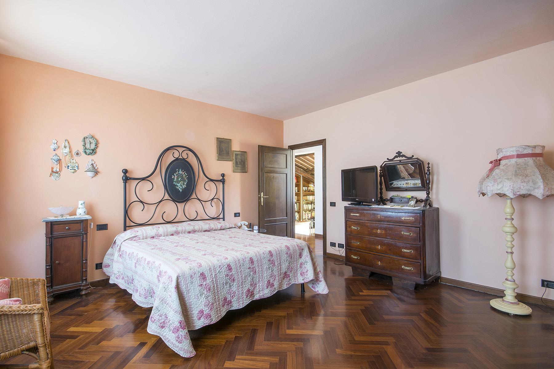 Rustico in Vendita a Capannori: 5 locali, 400 mq - Foto 11