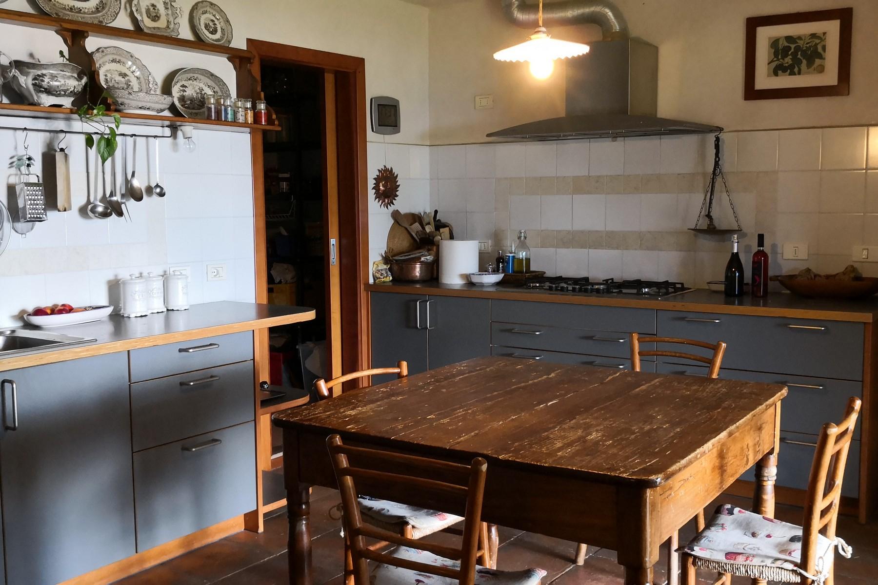 Rustico in Vendita a Torri Del Benaco: 5 locali, 450 mq - Foto 13