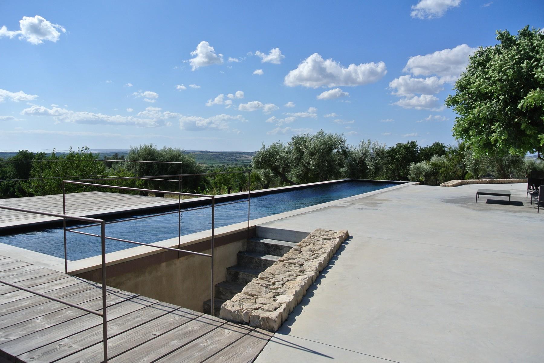 Villa in Vendita a Noto: 5 locali, 280 mq