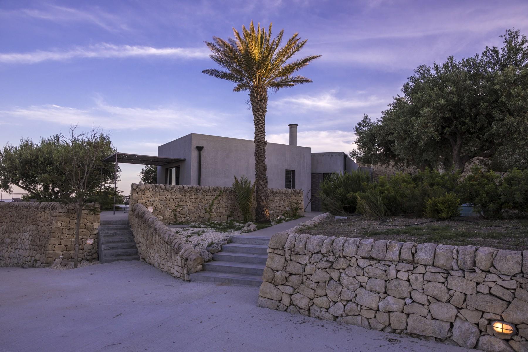 Villa in Vendita a Noto: 5 locali, 280 mq - Foto 2