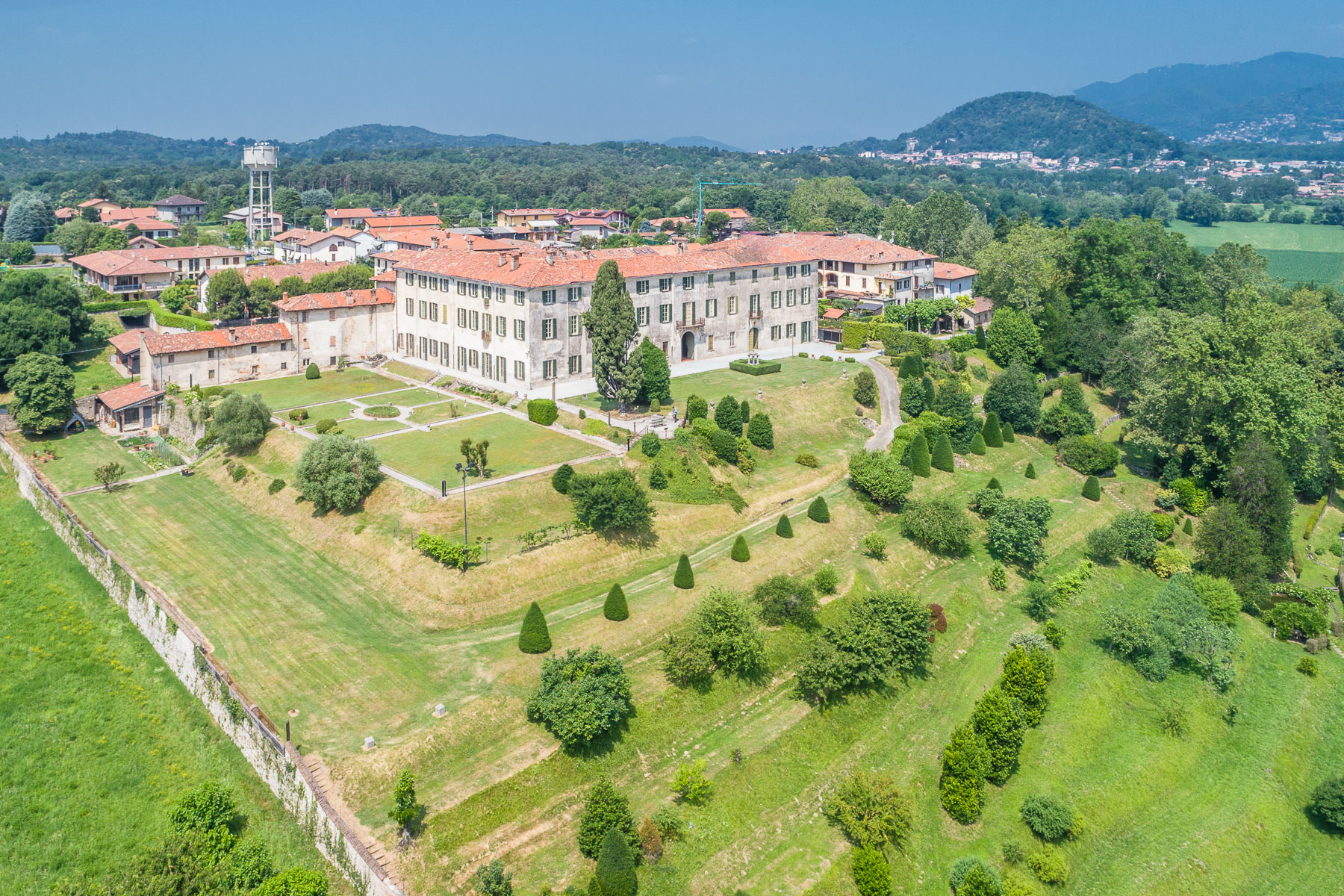 Villa in Vendita a Alzate Brianza: 5 locali, 4000 mq - Foto 10