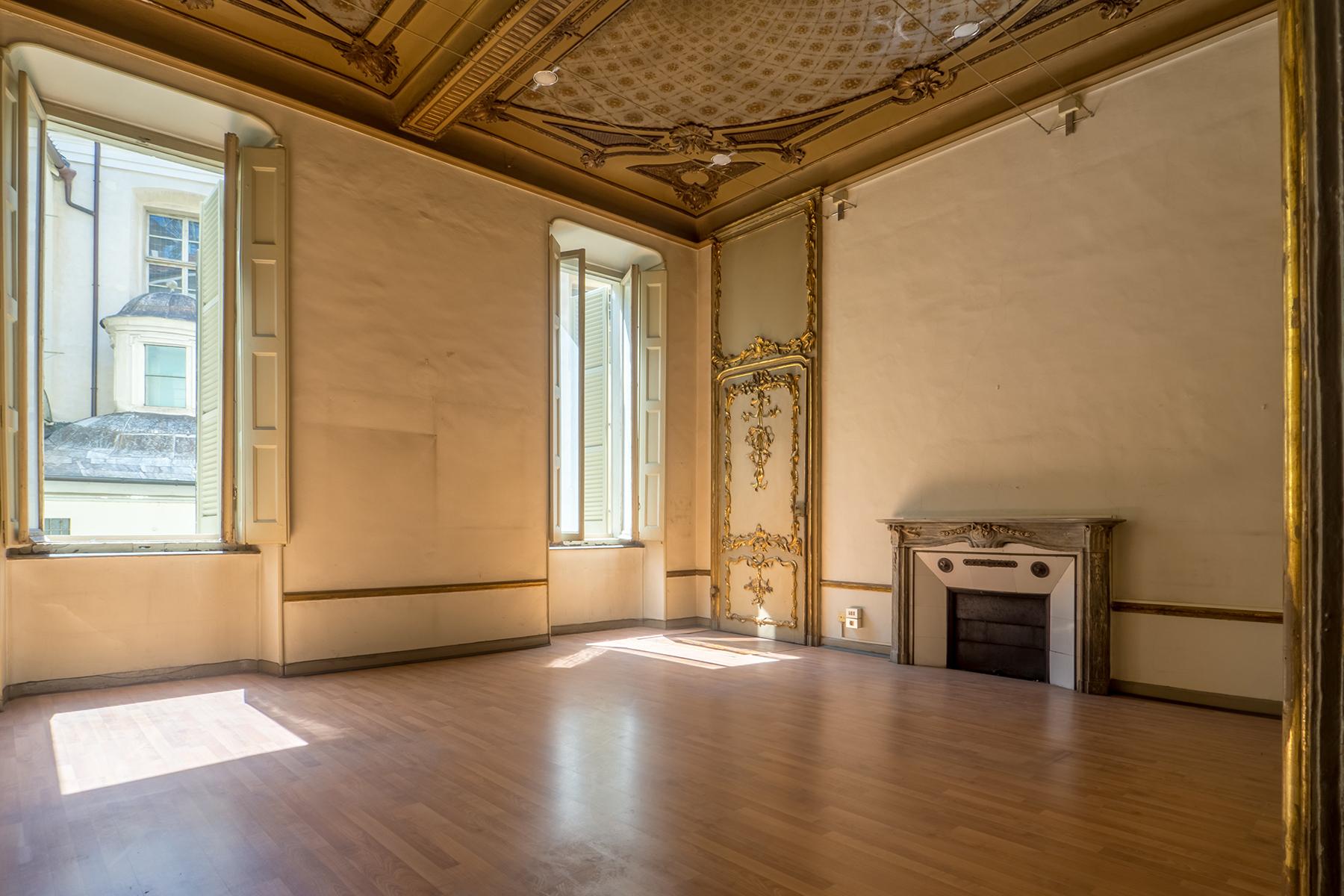 Ufficio-studio in Affitto a Torino Centro: 5 locali, 1000 mq