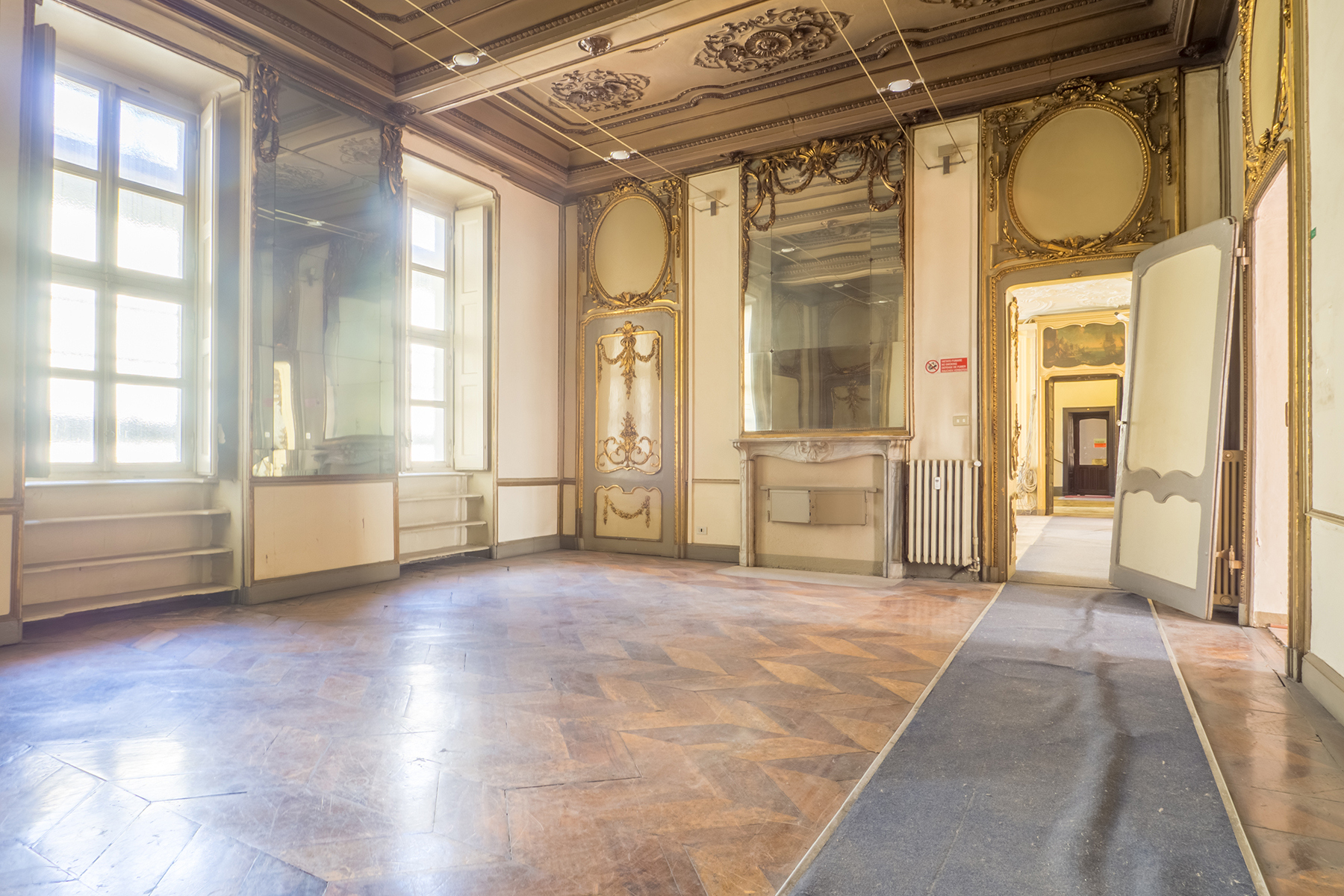 Ufficio-studio in Affitto a Torino Centro: 5 locali, 337 mq
