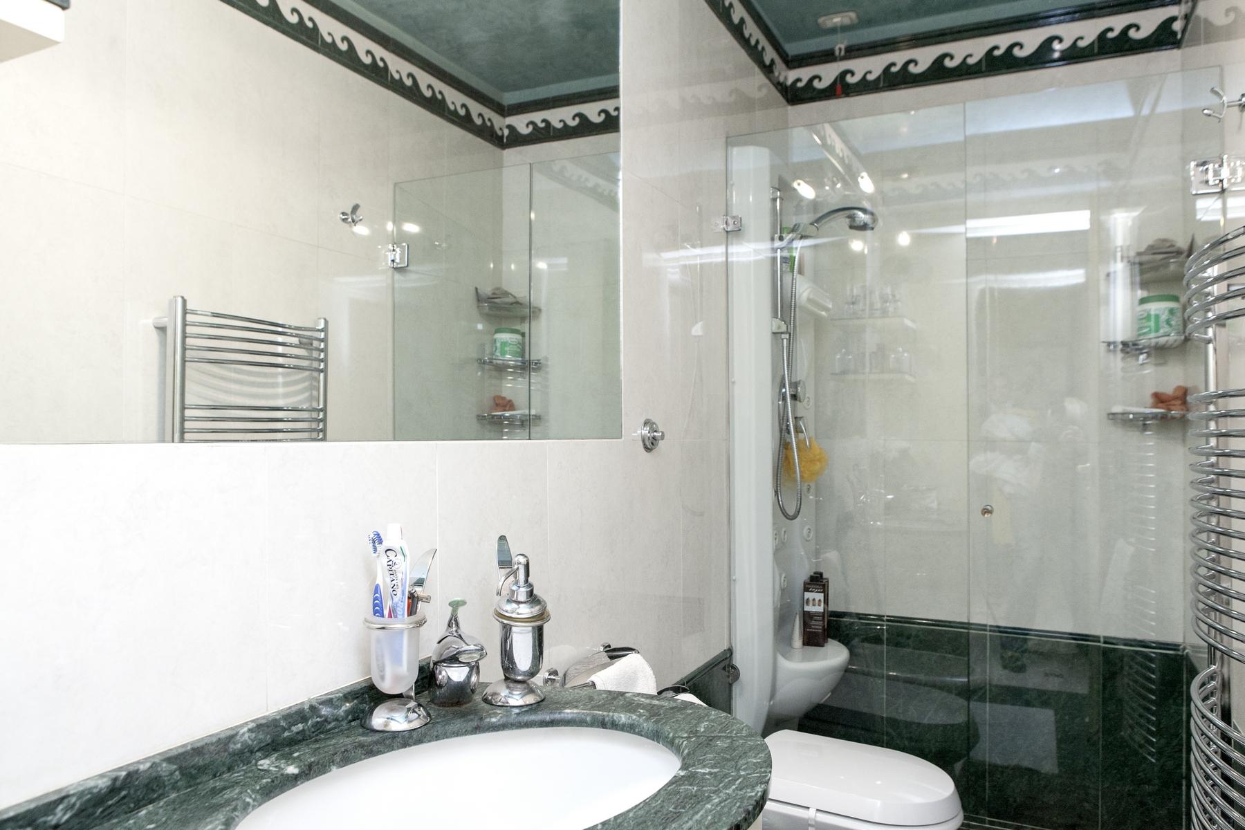 Appartamento in Vendita a Firenze: 5 locali, 600 mq - Foto 11
