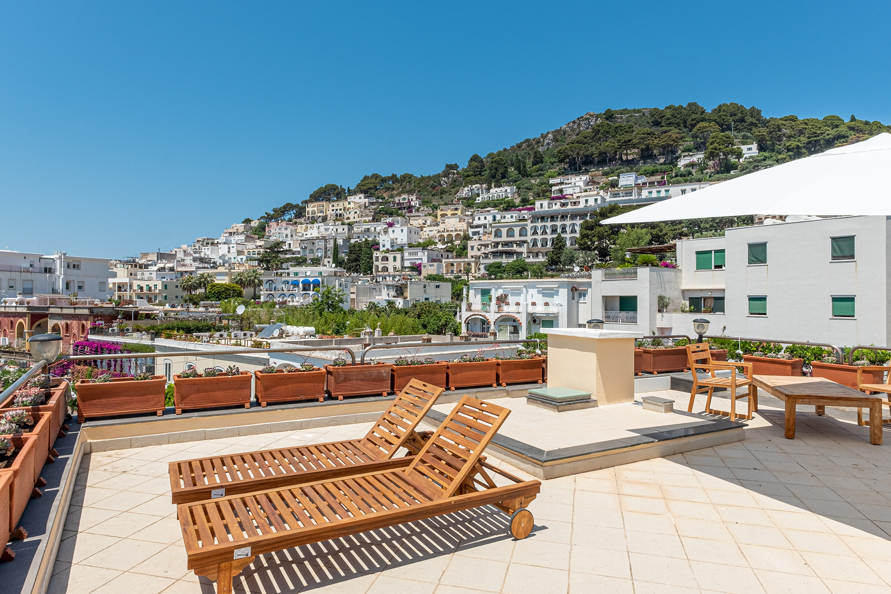 Attico in Vendita a Capri: 5 locali, 160 mq - Foto 2