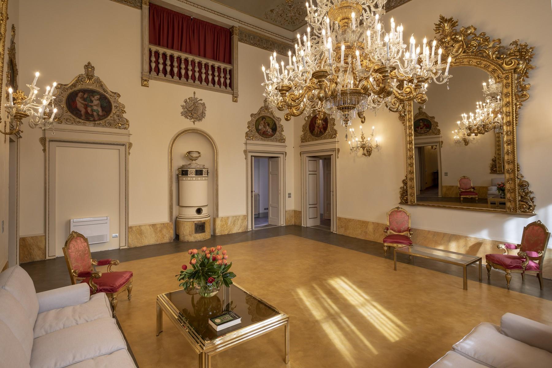 Appartamento in Affitto a Firenze Centro:  5 locali, 400 mq  - Foto 1