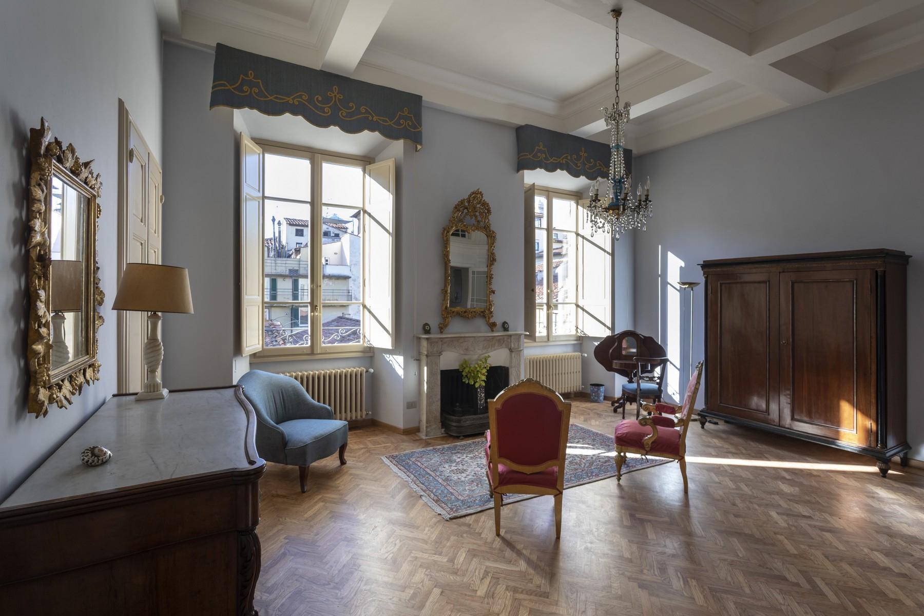 Appartamento in Affitto a Firenze Centro: 5 locali, 500 mq