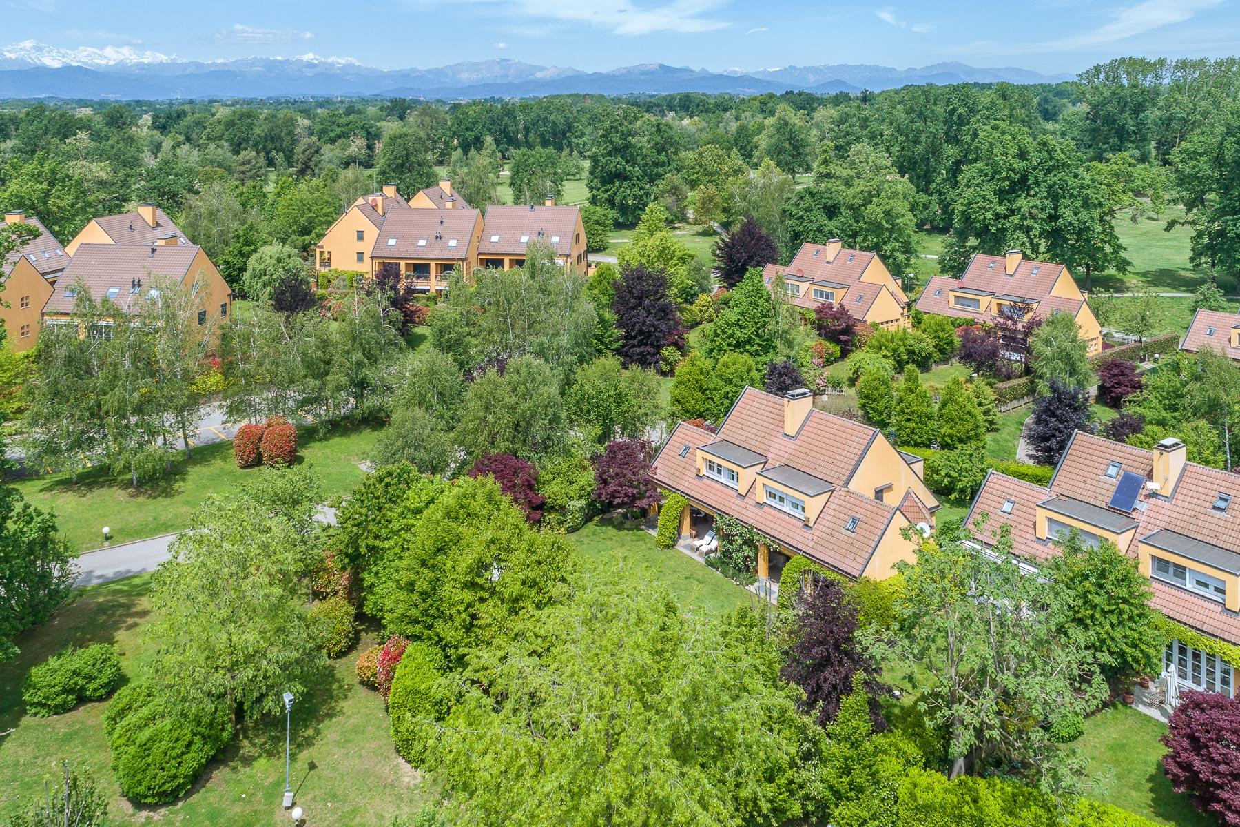 Villa in Vendita a Agrate Conturbia: 5 locali, 300 mq - Foto 3