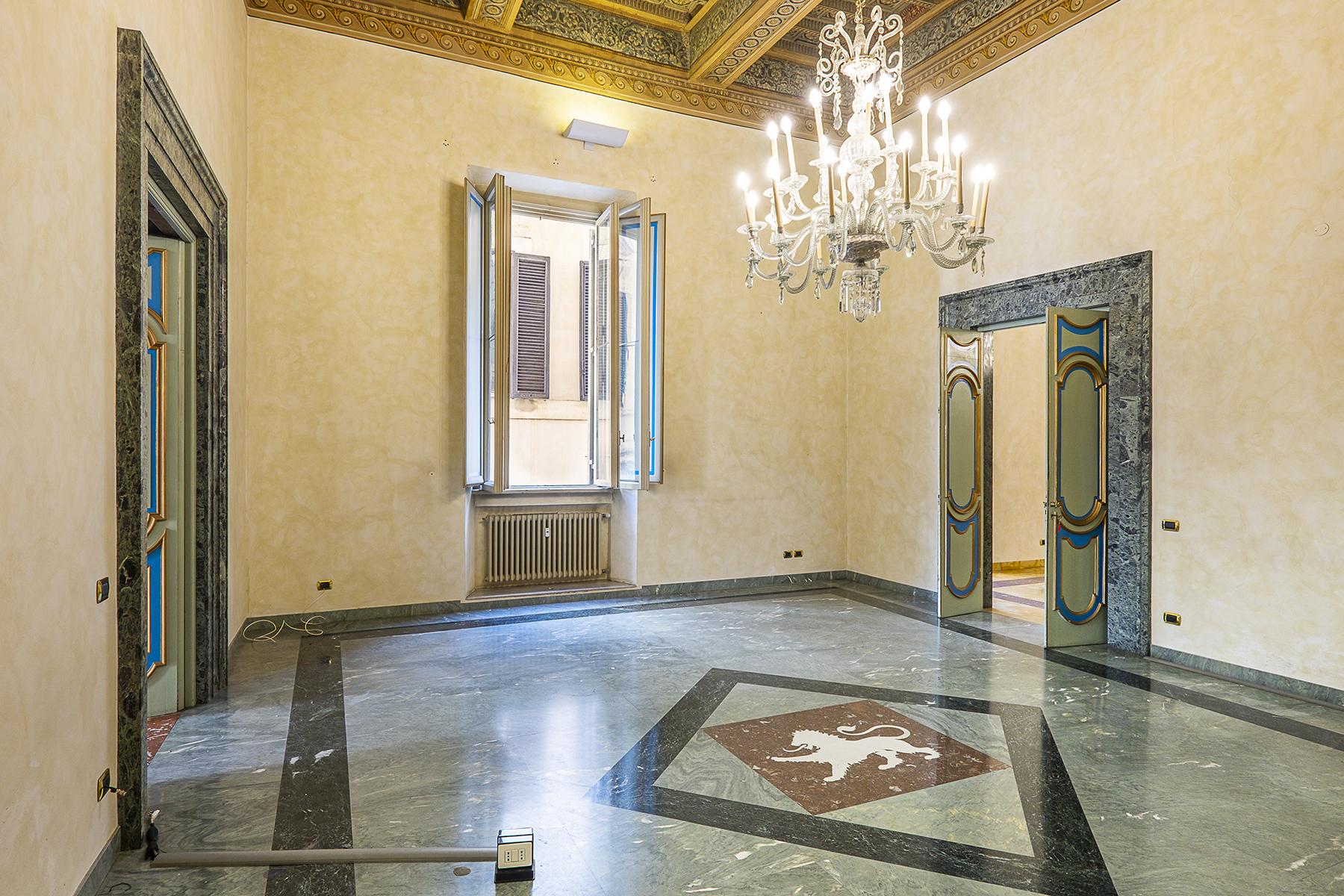 Ufficio studio di lusso in affitto a roma piazza dei santi for Studio affitto roma