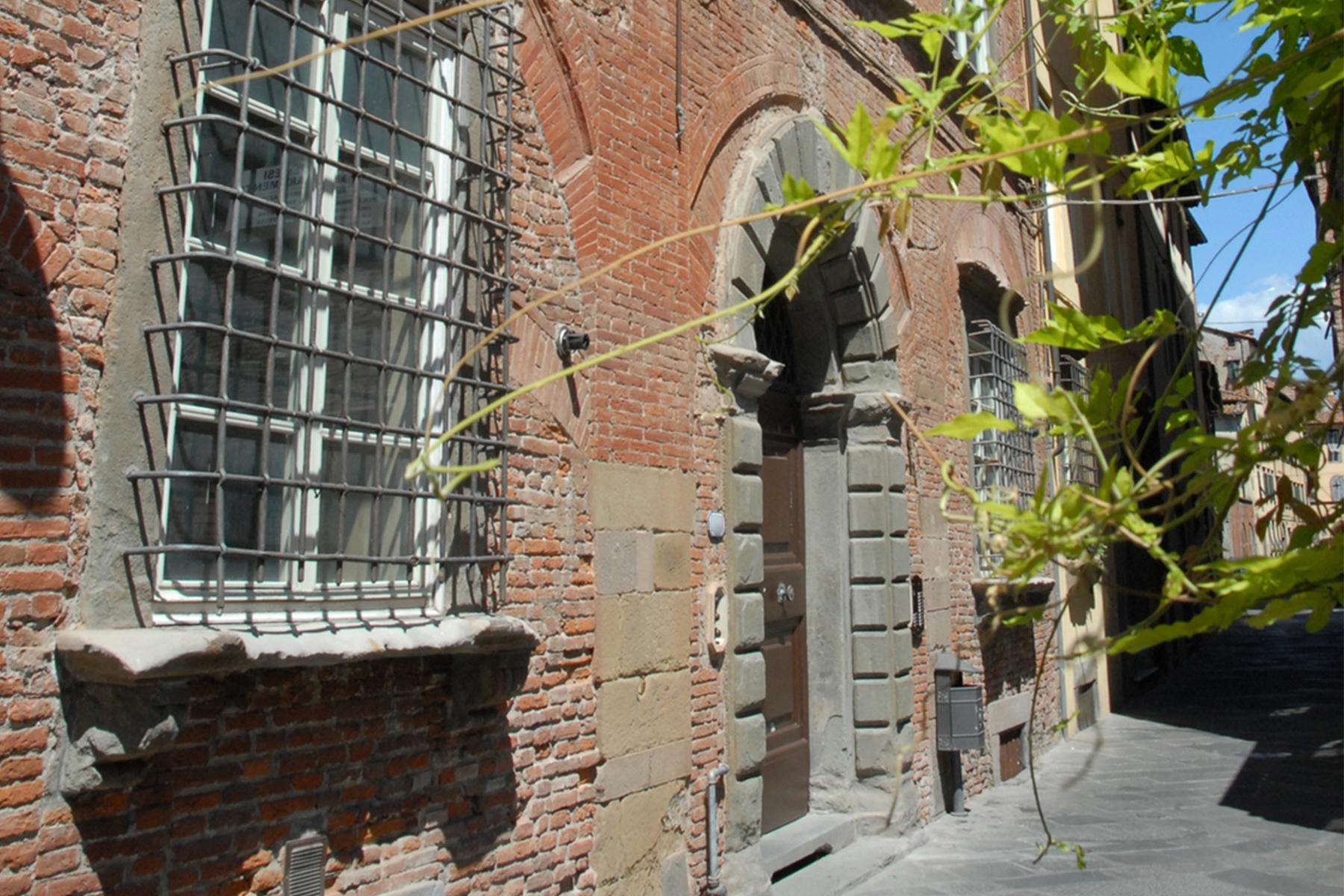 Appartamento in Vendita a Lucca: 5 locali, 400 mq - Foto 12