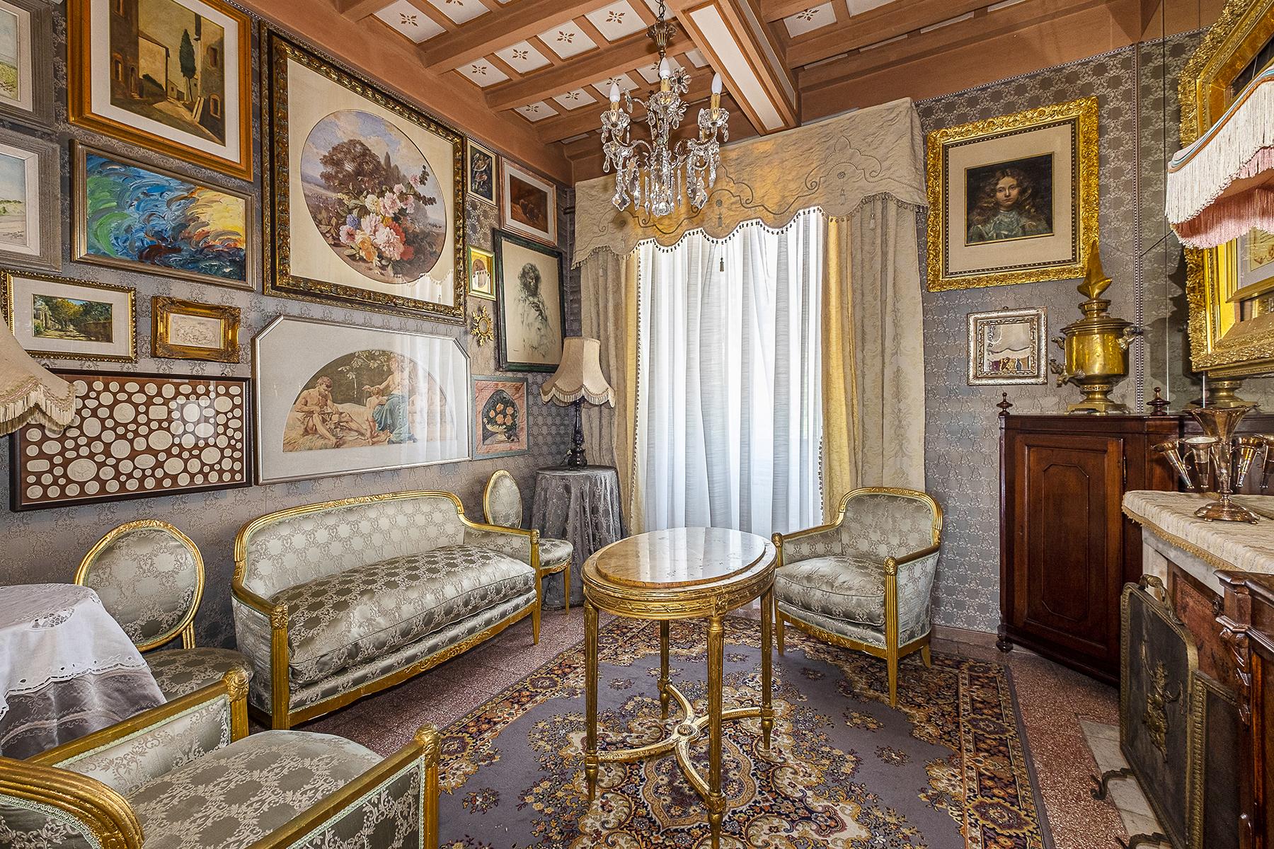 Appartamento in Vendita a Frascati: 5 locali, 217 mq - Foto 2
