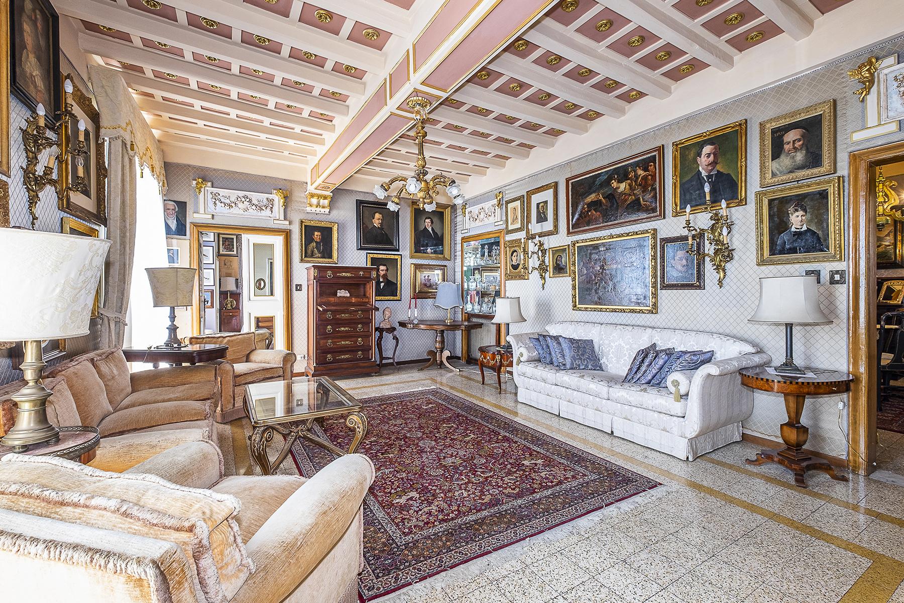 Appartamento in Vendita a Frascati: 5 locali, 217 mq - Foto 8